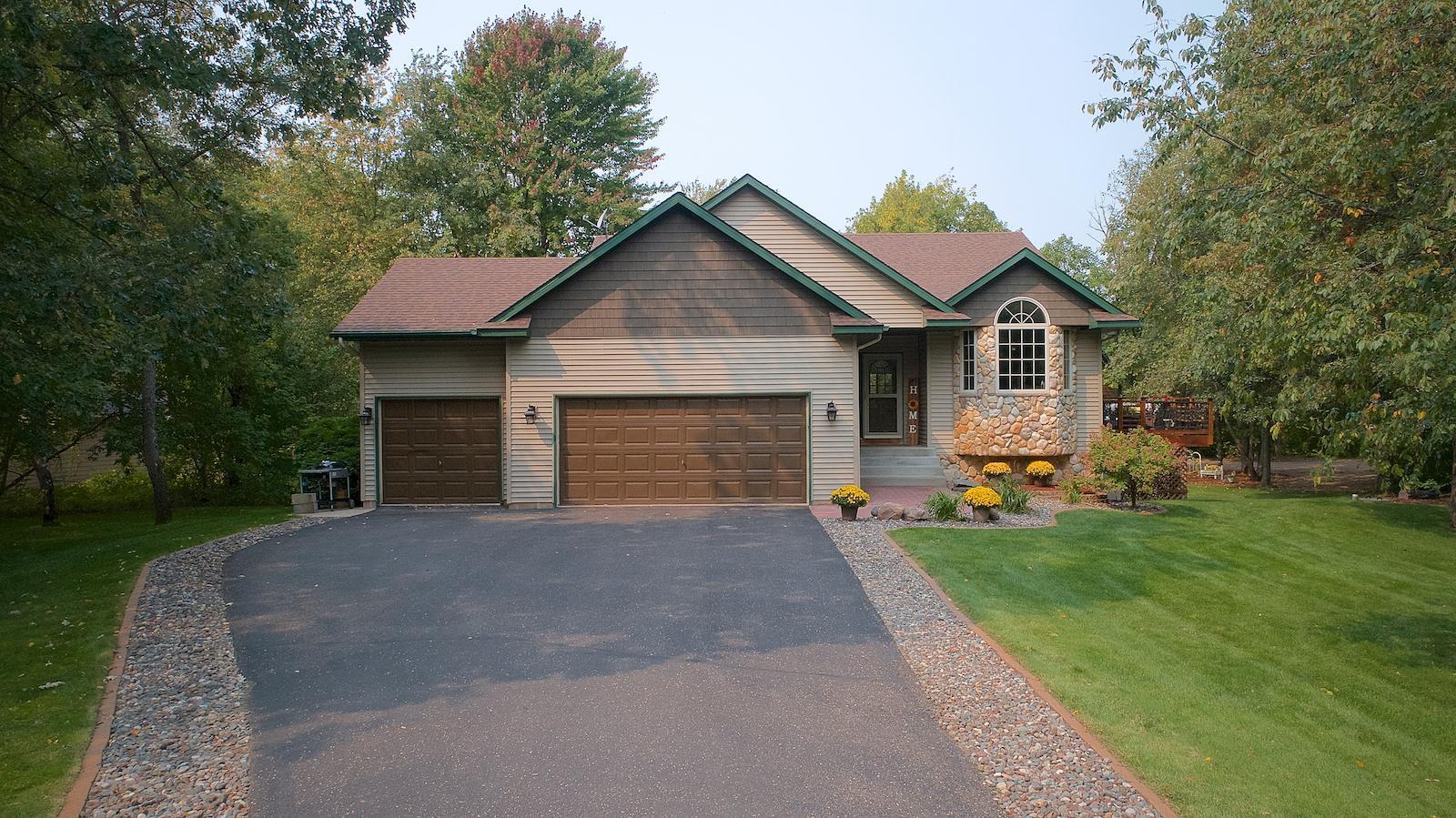 27168 Bayshore Drive Property Photo - Isanti, MN real estate listing