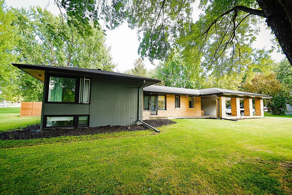 109 Outer Drive Property Photo - Le Sueur, MN real estate listing