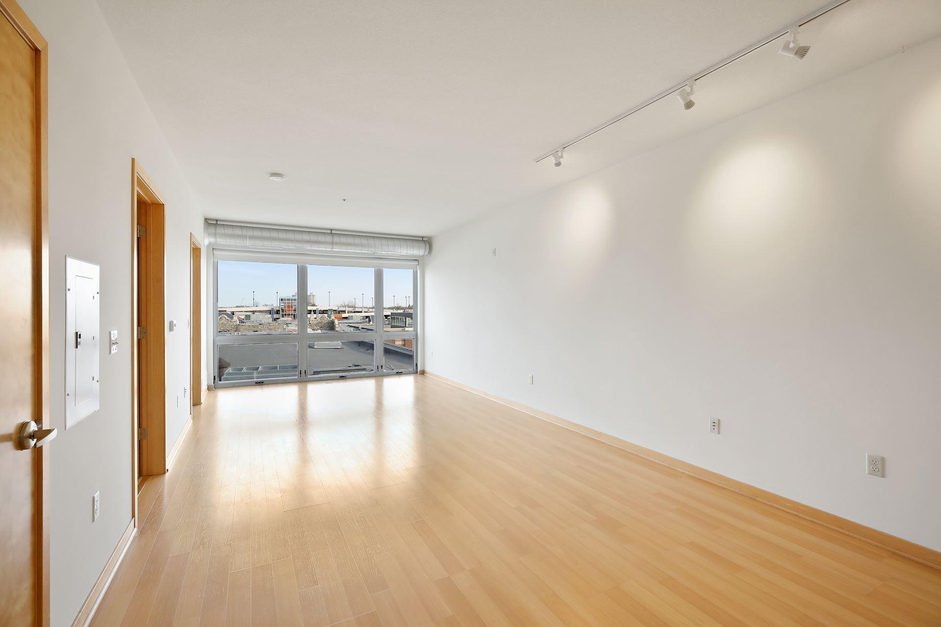 3021 Holmes Avenue S #411 Property Photo - Minneapolis, MN real estate listing