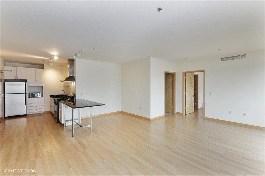 3021 Holmes Real Estate Listings Main Image