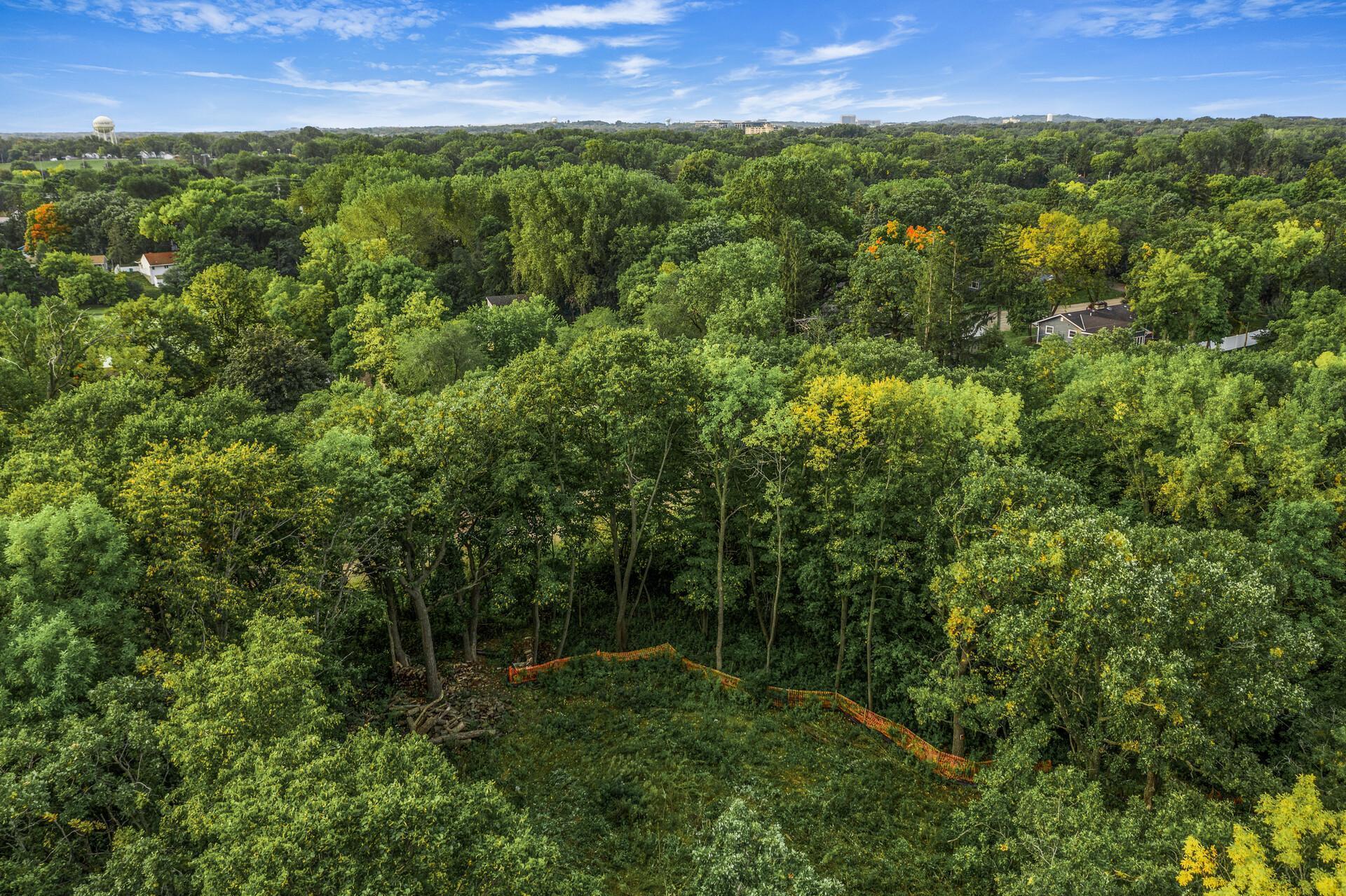 2700 Boone Avenue S Property Photo