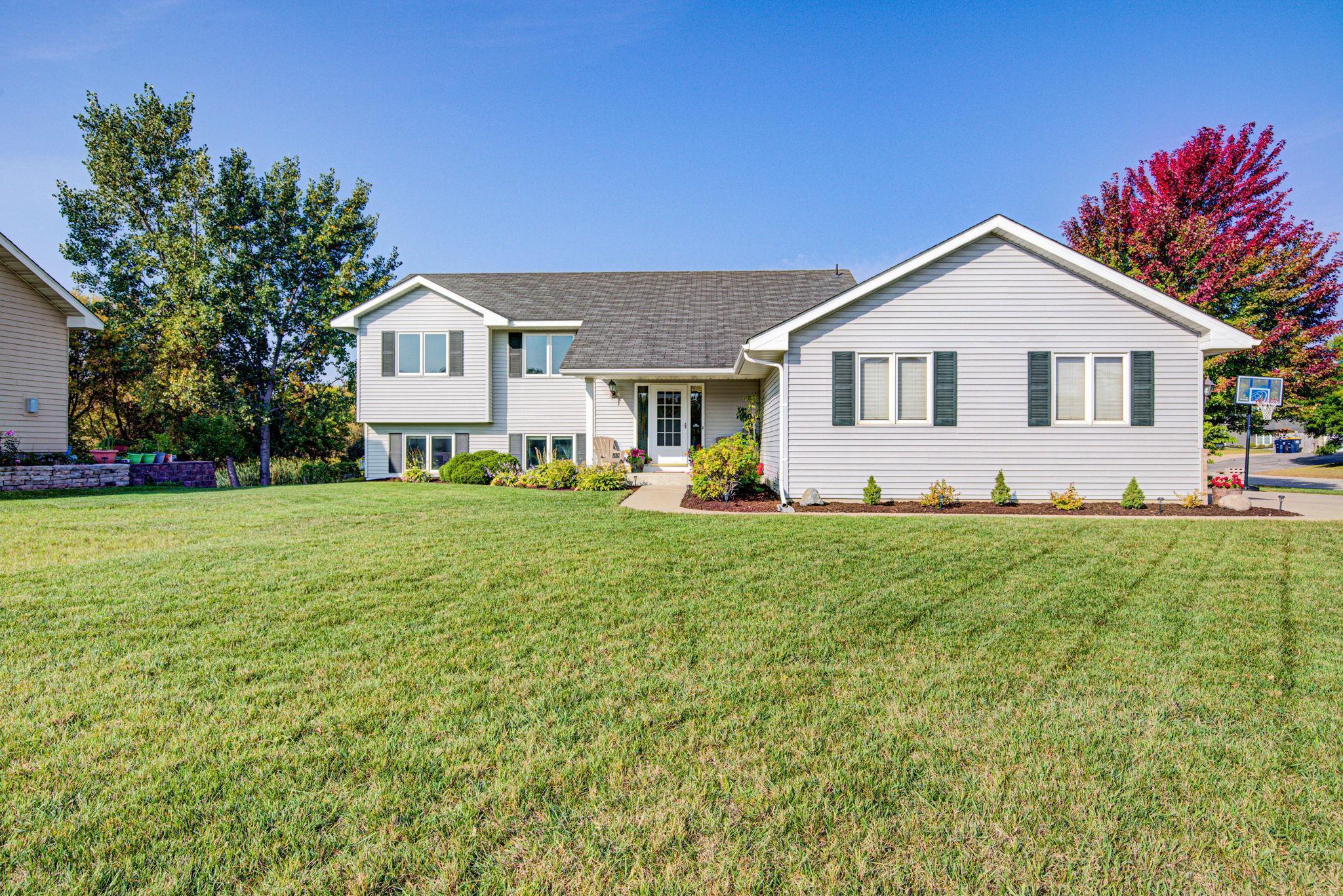 223 Maverick Avenue Property Photo - Elko New Market, MN real estate listing