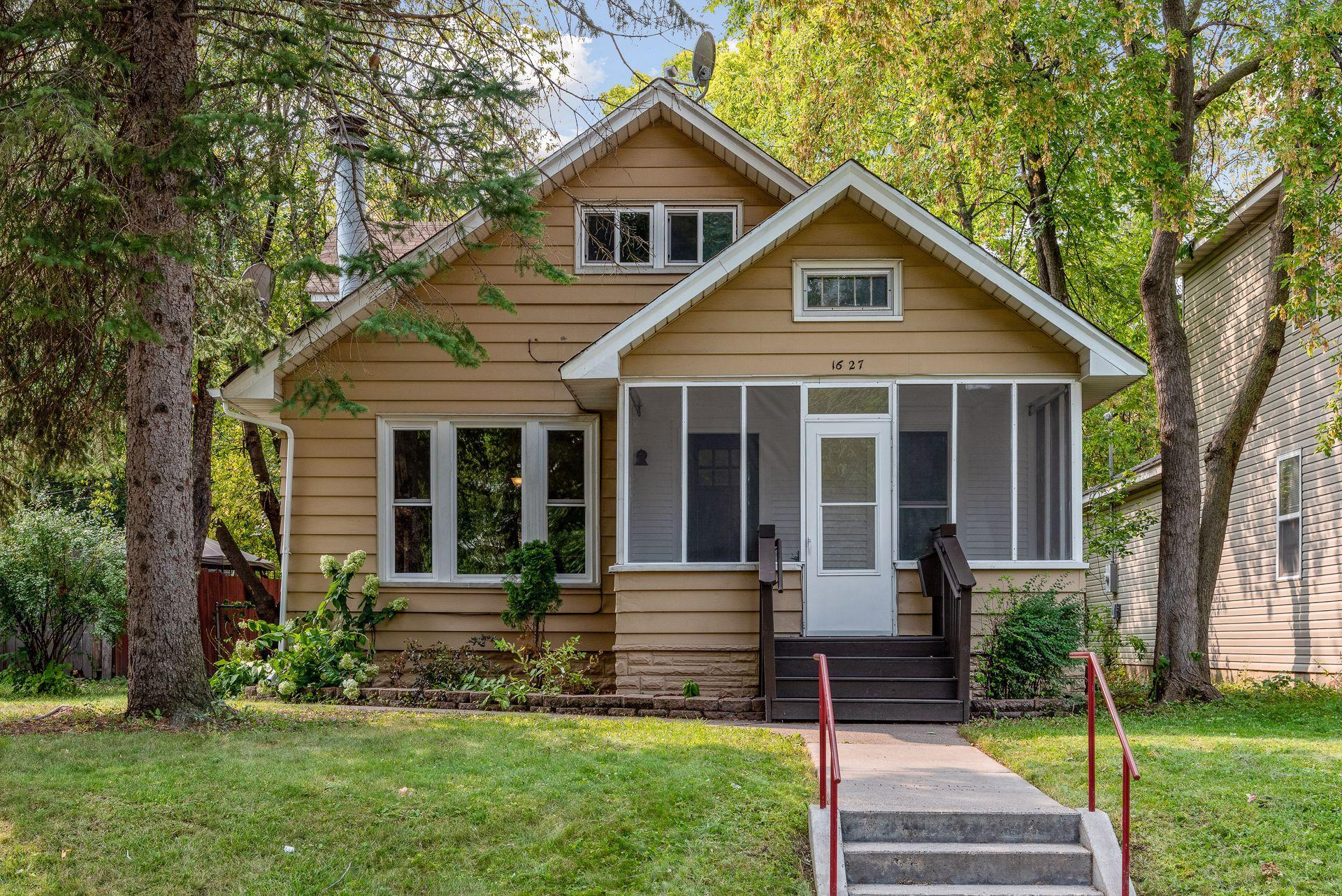 1627 Newton Avenue N Property Photo - Minneapolis, MN real estate listing