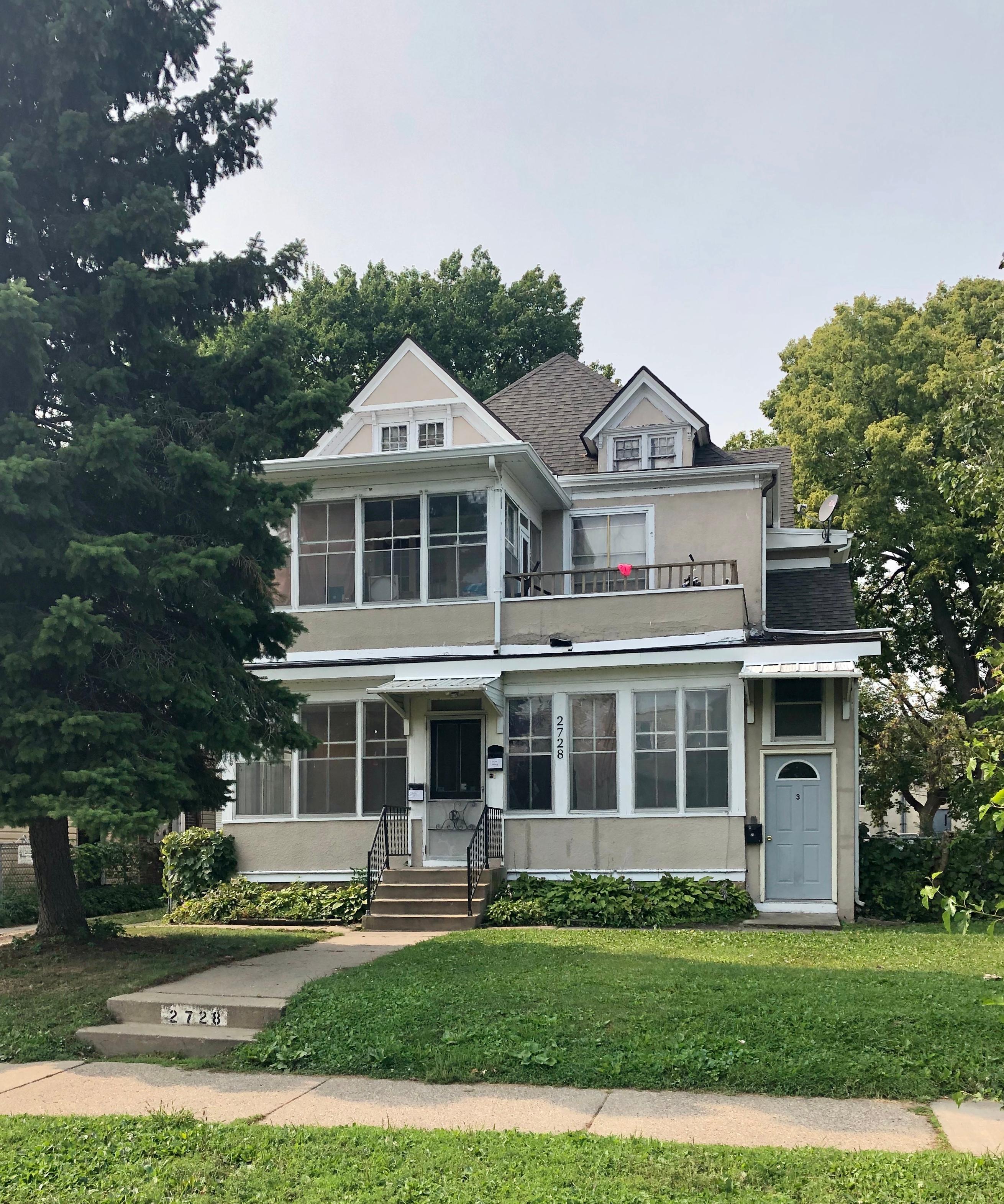2728 Pillsbury Avenue S Property Photo