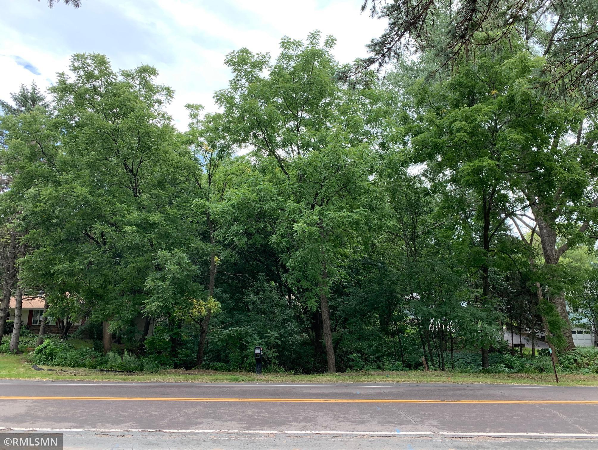 1984 Prosperity Road N Property Photo - Maplewood, MN real estate listing