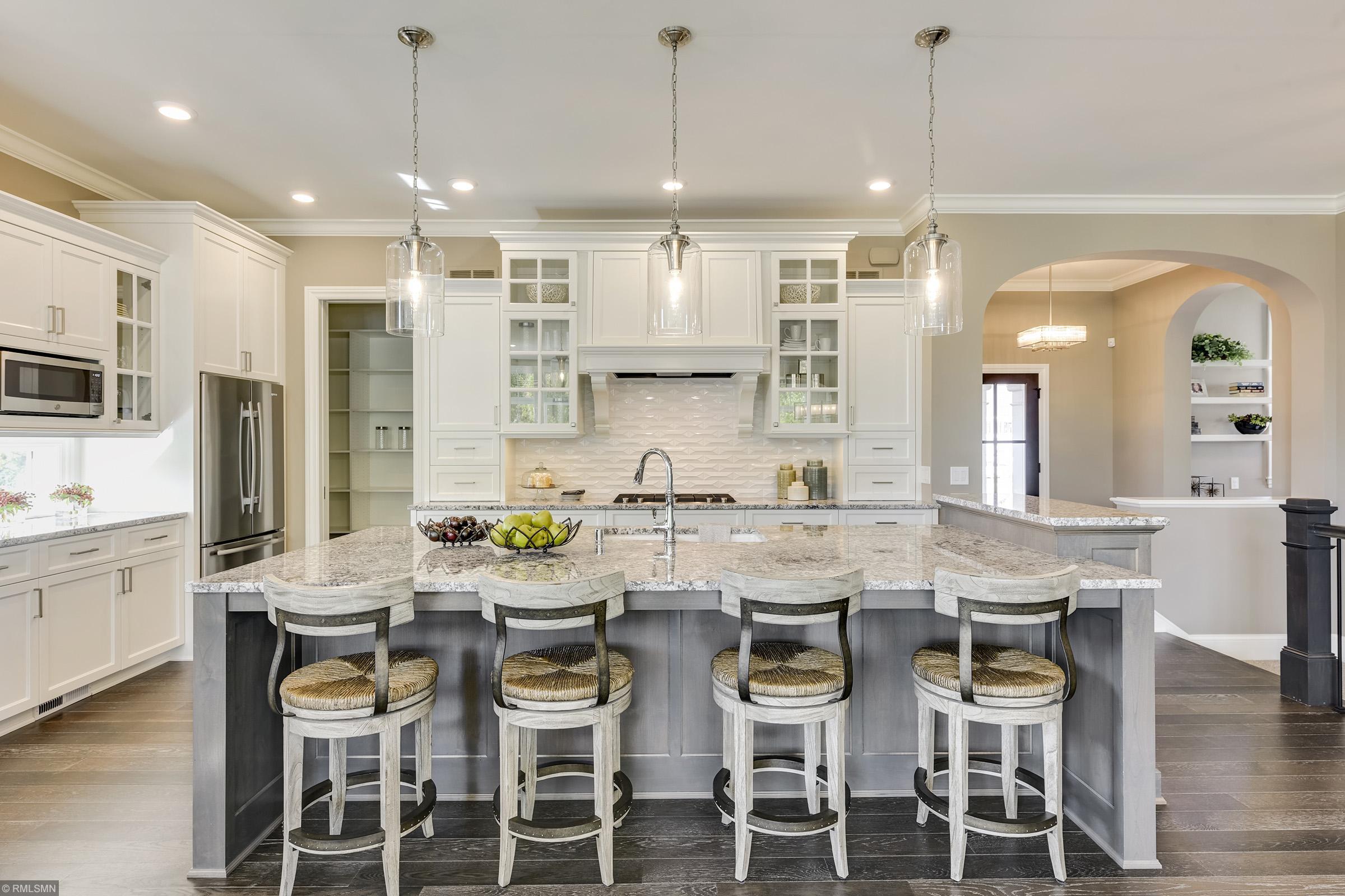 4815 Minneapolis Avenue Property Photo - Minnetrista, MN real estate listing