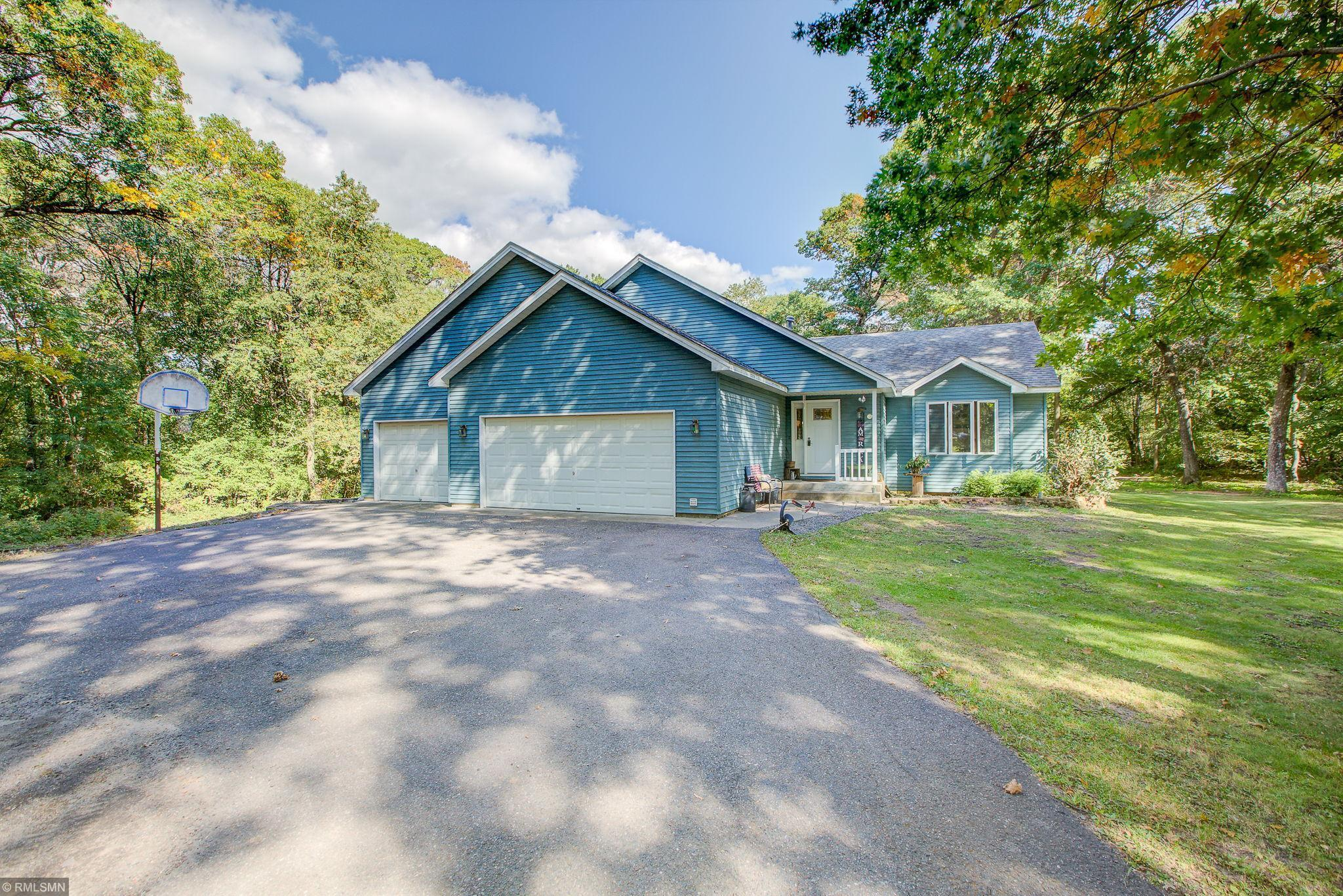 8531 E Beatrice Drive Property Photo - Clear Lake, MN real estate listing