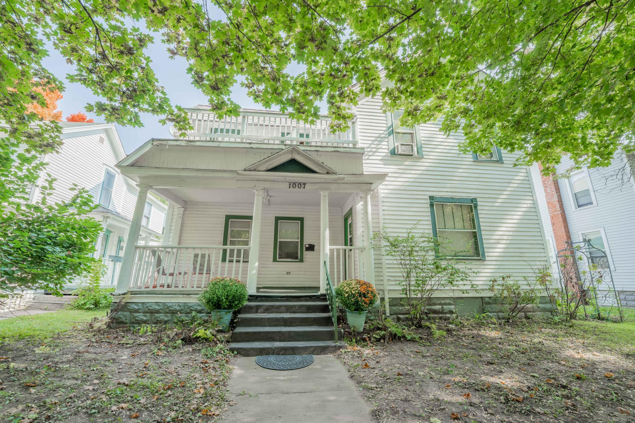1005-1007 2nd Avenue Property Photo