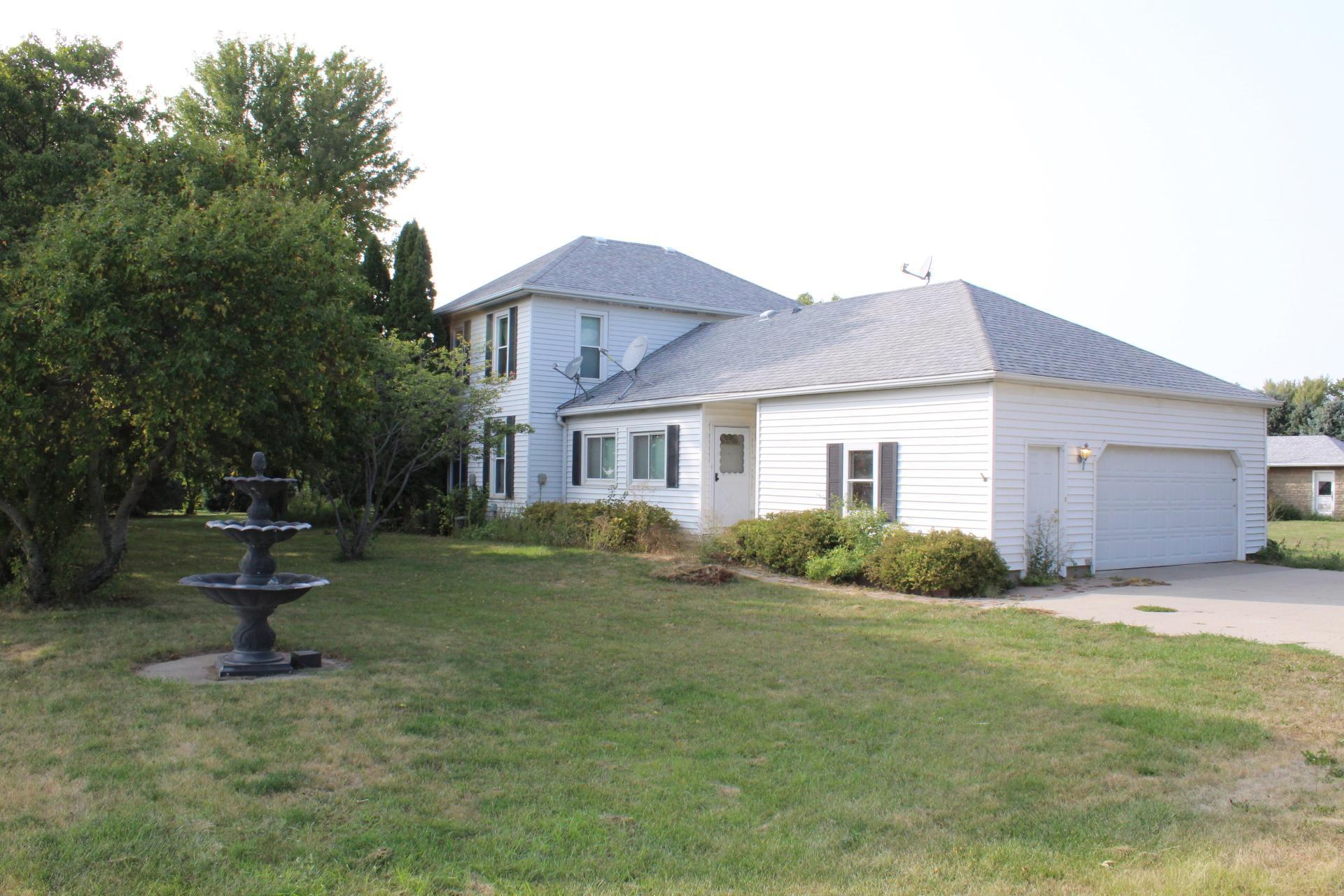 1141 121st Street Property Photo - Luverne, MN real estate listing