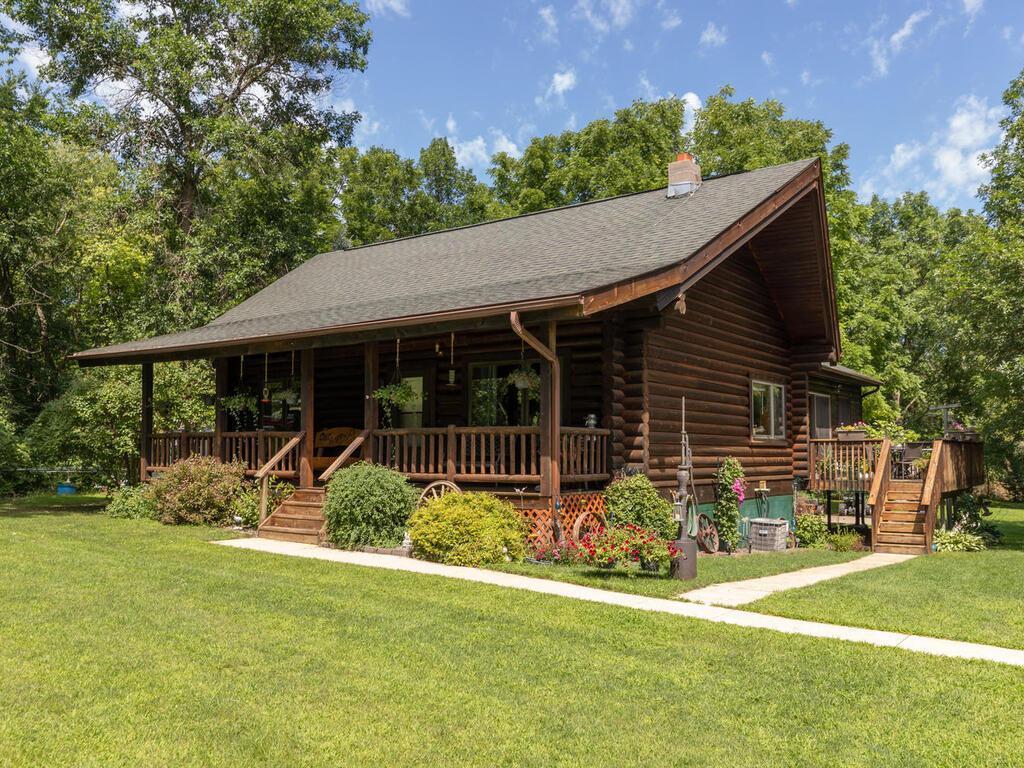 20684 602nd Street Property Photo - Dodge Center, MN real estate listing