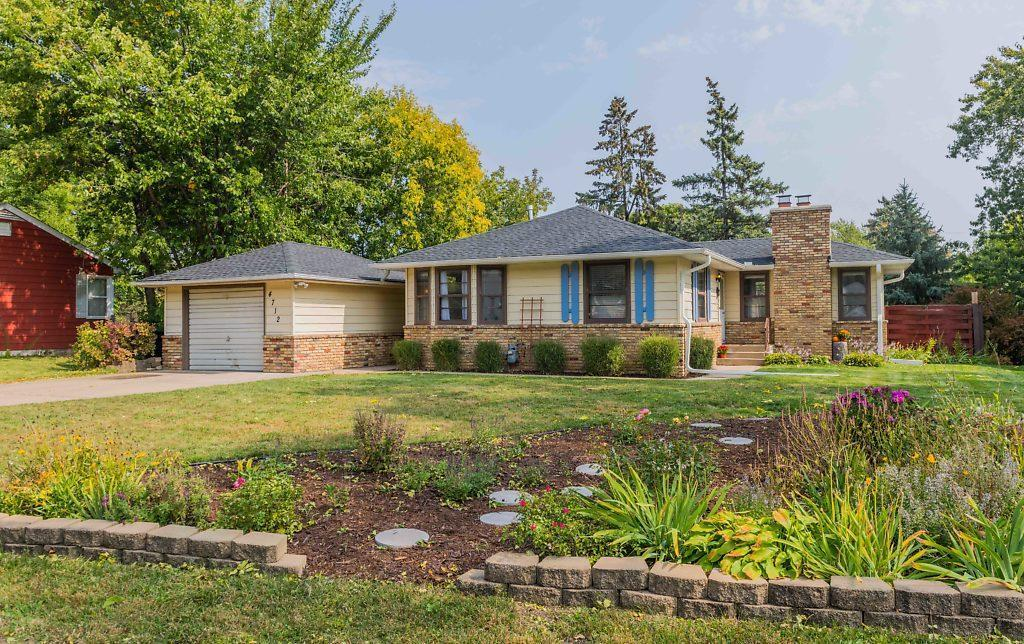 4712 Quail Avenue N Property Photo - Crystal, MN real estate listing