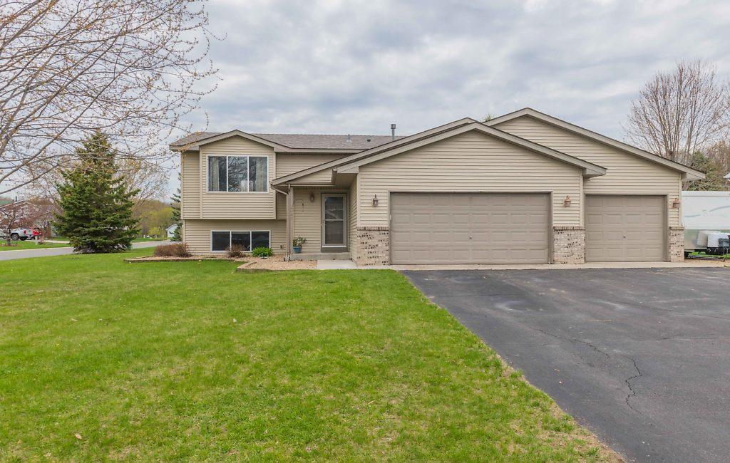 Autumn Oaks 7th Add Real Estate Listings Main Image