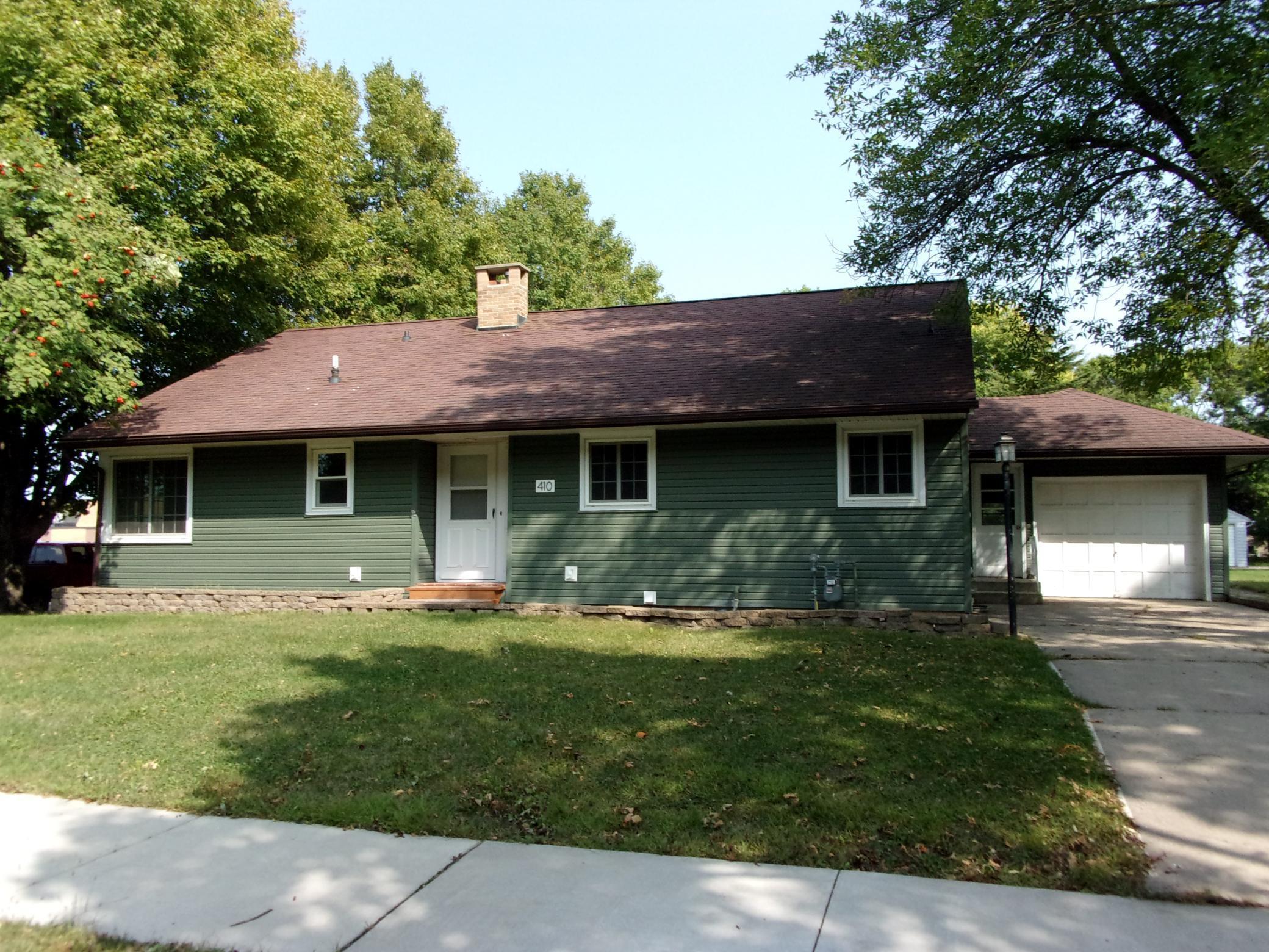 410 N Prairie Street Property Photo - Sherburn, MN real estate listing