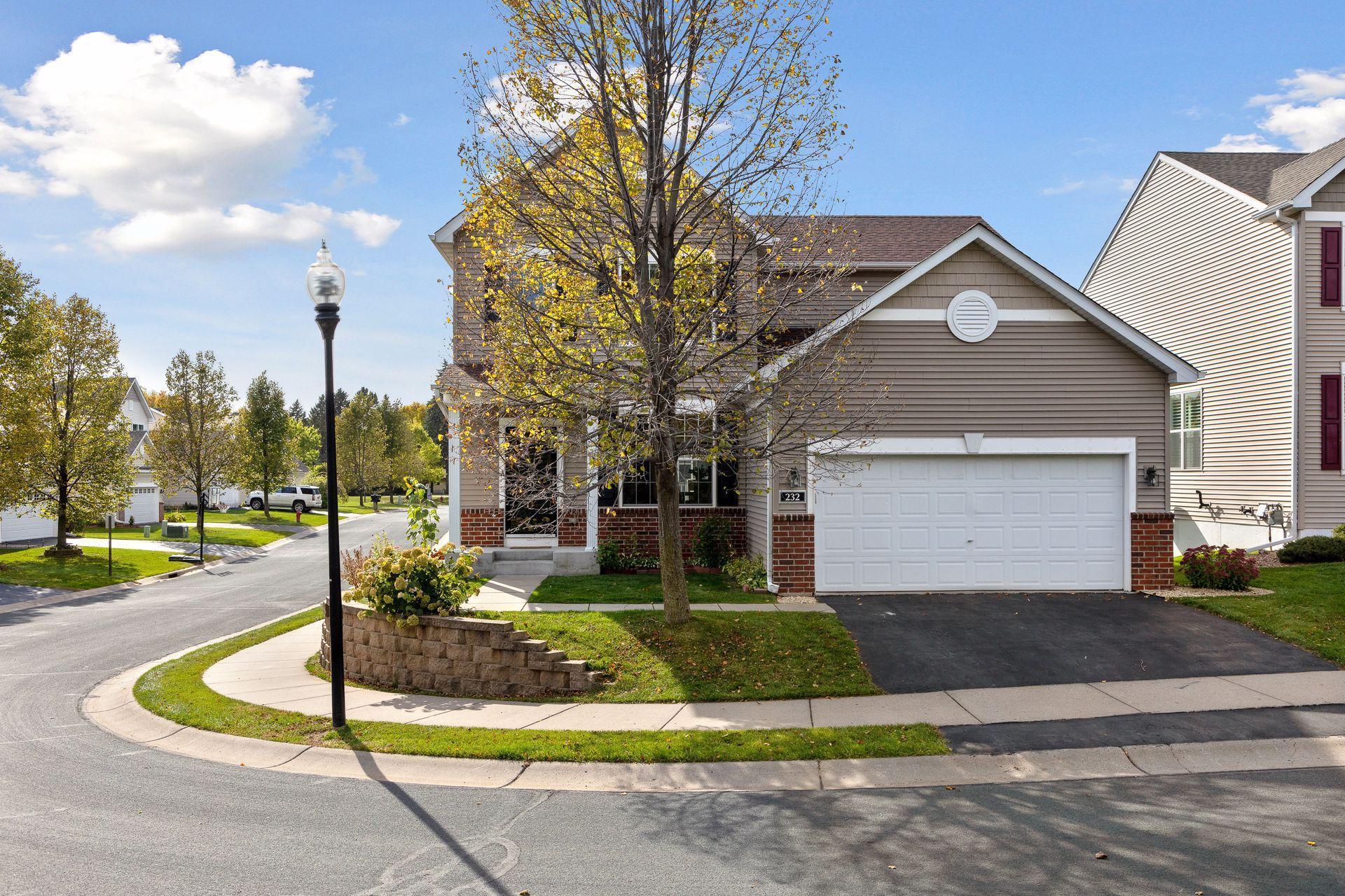 Circle Pines Real Estate Listings Main Image