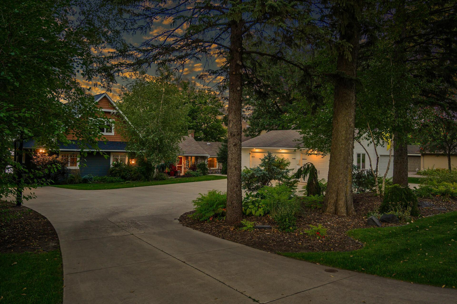 1303 Pulaski Road Property Photo - Buffalo, MN real estate listing