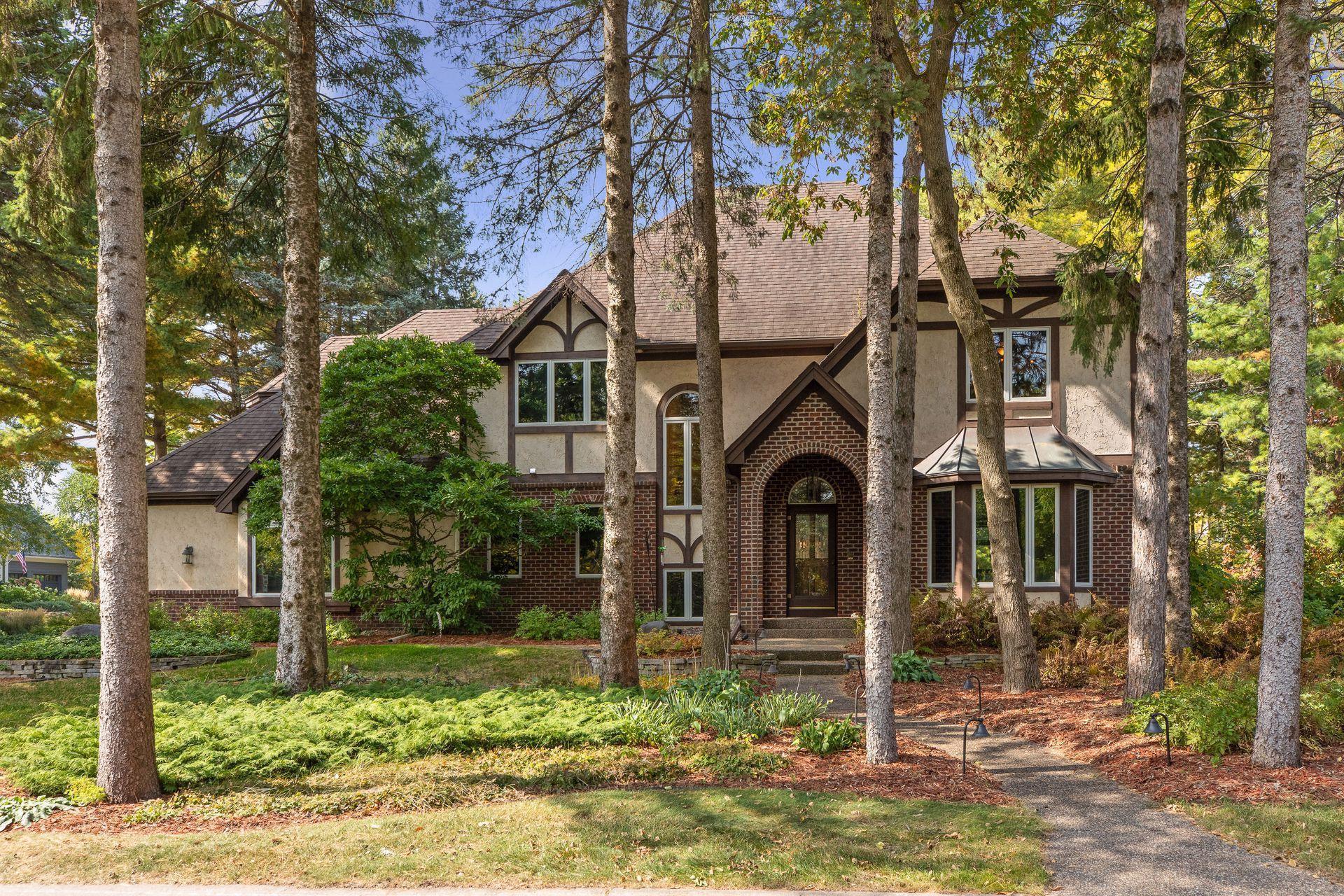 793 Wildridge Court Property Photo - Mahtomedi, MN real estate listing