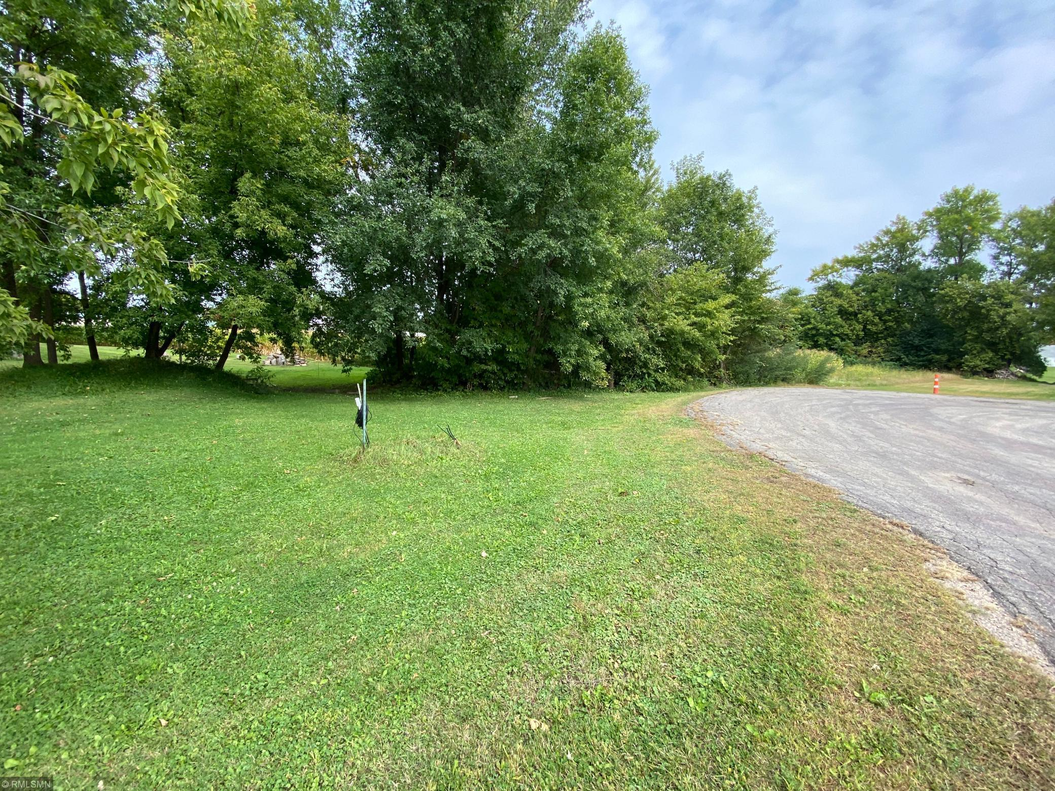 xxx Lewis Lane Property Photo - Elysian, MN real estate listing