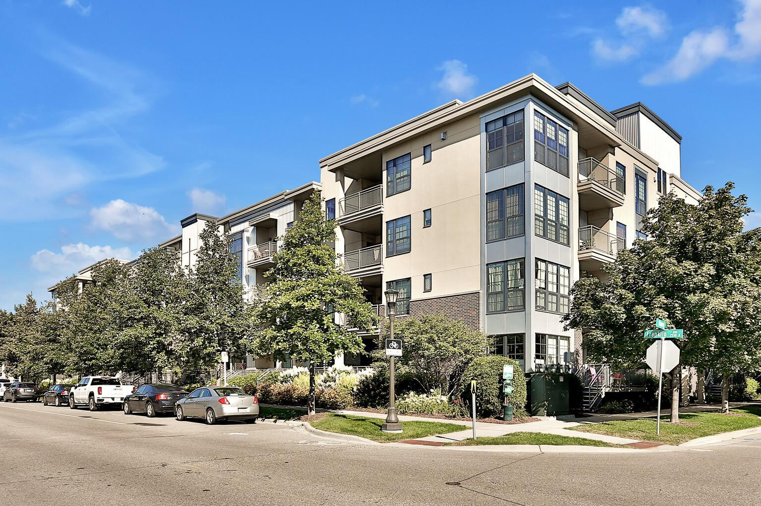 2565 Franklin Avenue #409 Property Photo - Saint Paul, MN real estate listing