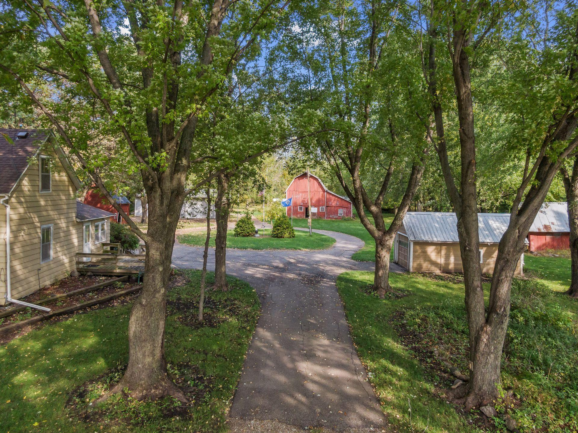 33826 206th Street Property Photo - Green Isle, MN real estate listing