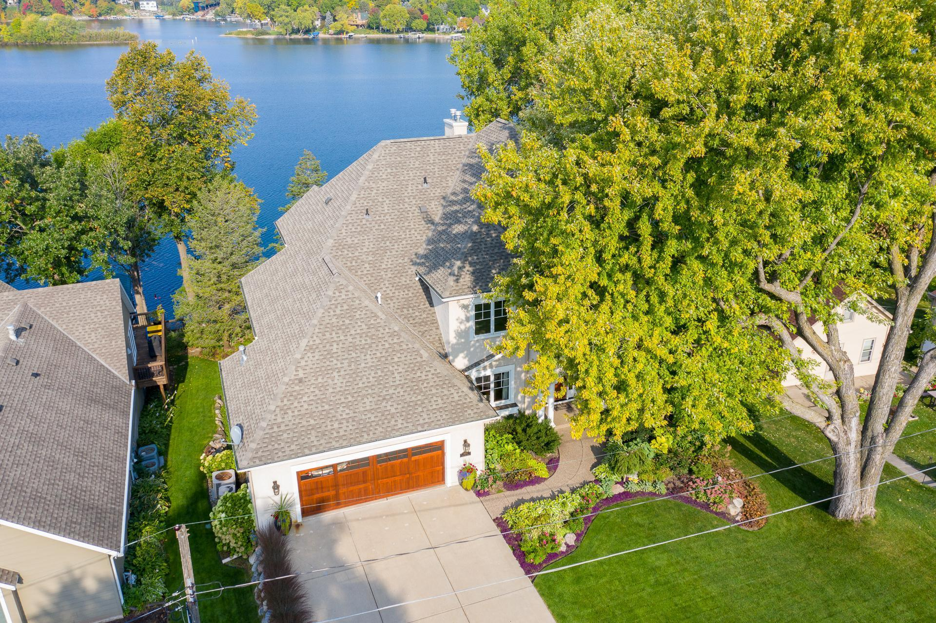 15510 Red Oaks Road SE Property Photo - Prior Lake, MN real estate listing