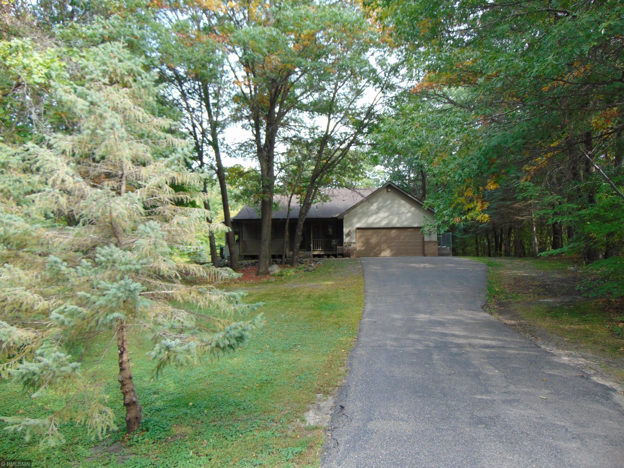 28100 Lakewood Drive NW Property Photo - Isanti, MN real estate listing