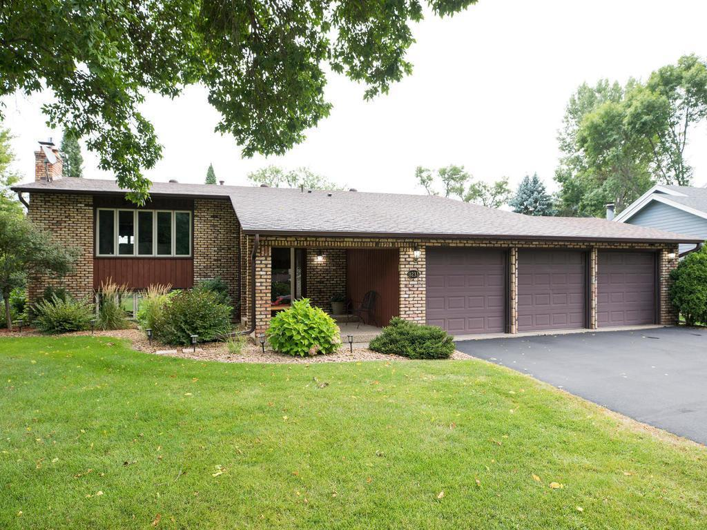 11233 Stanley Avenue S Property Photo - Bloomington, MN real estate listing