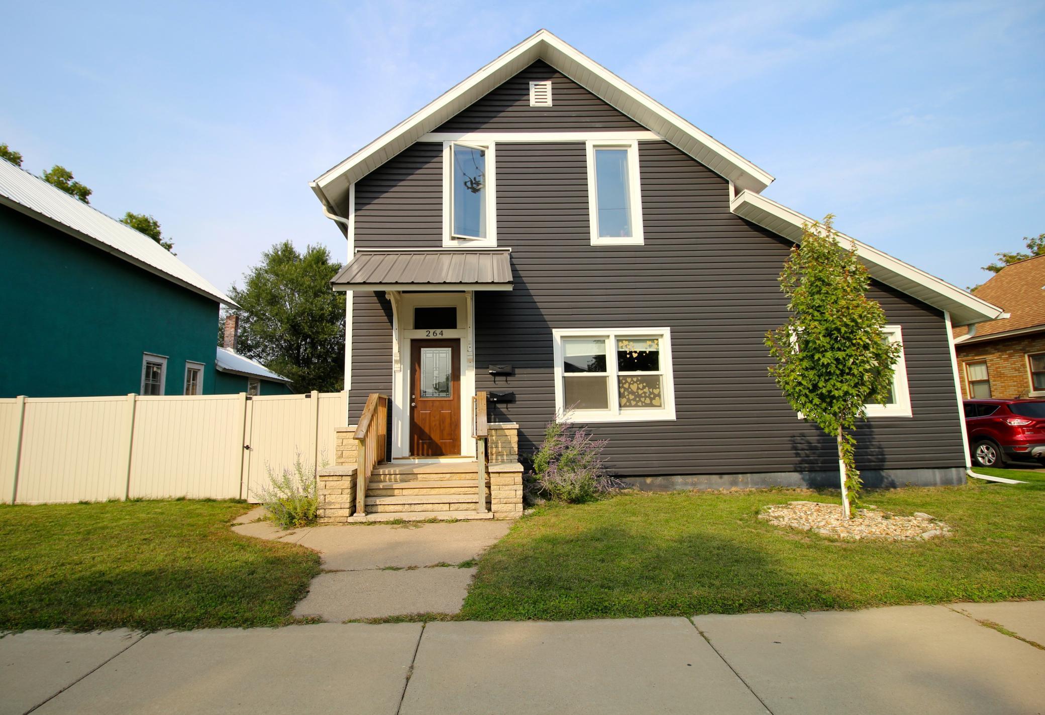 264 E 5th Street Property Photo