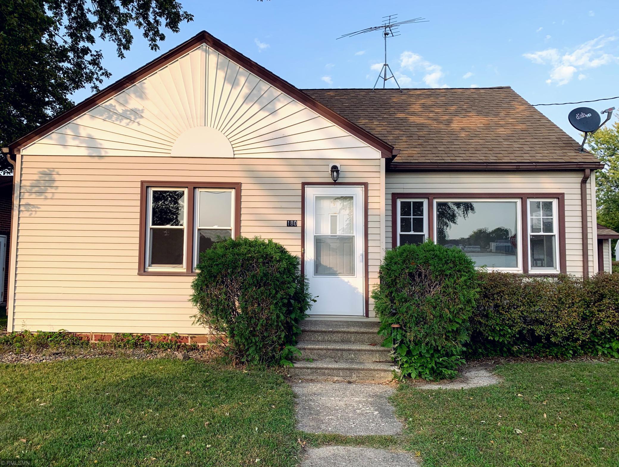 180 Washington Avenue Property Photo - Alden, MN real estate listing