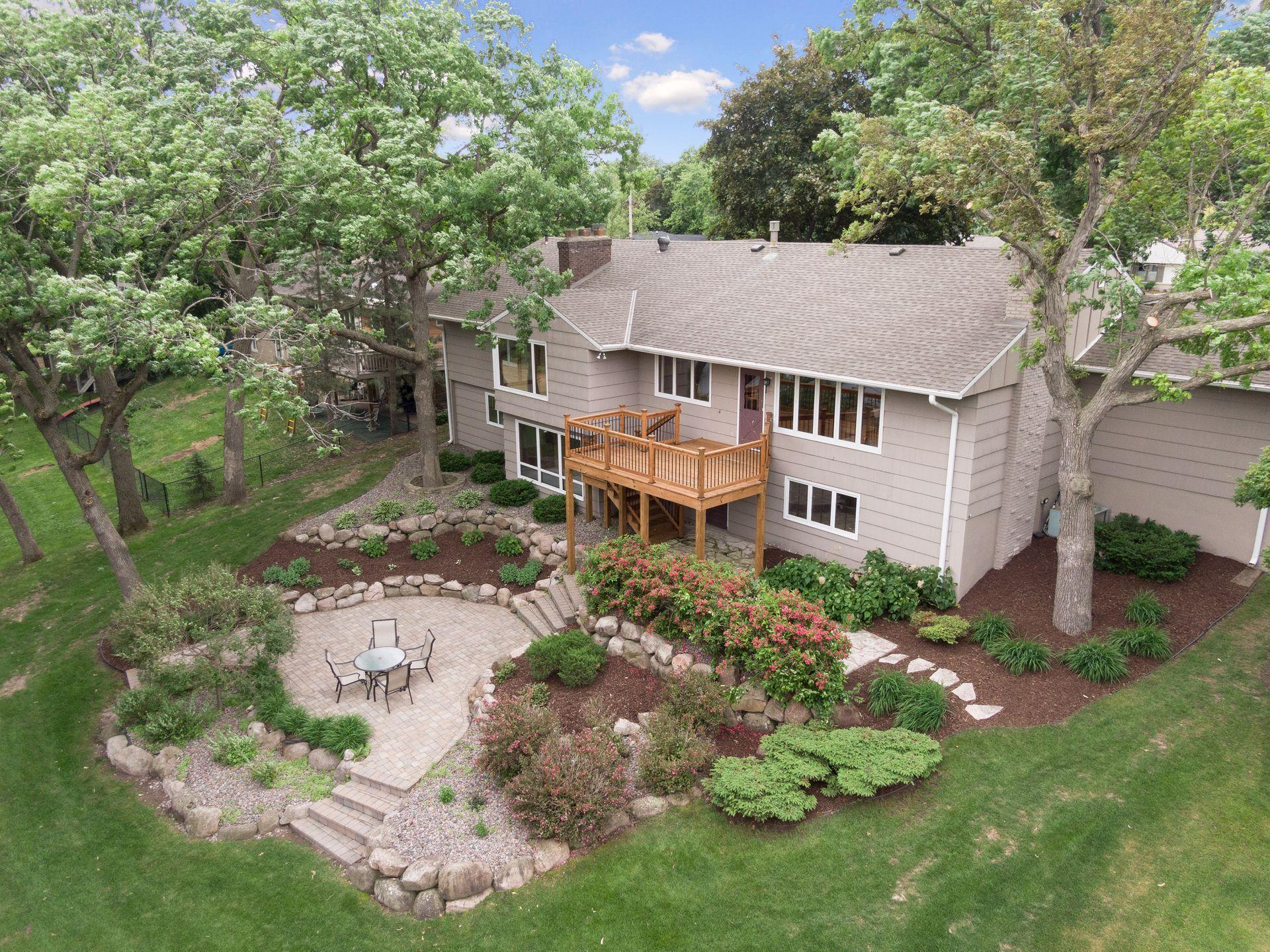 6613 W Shore Drive Property Photo - Edina, MN real estate listing