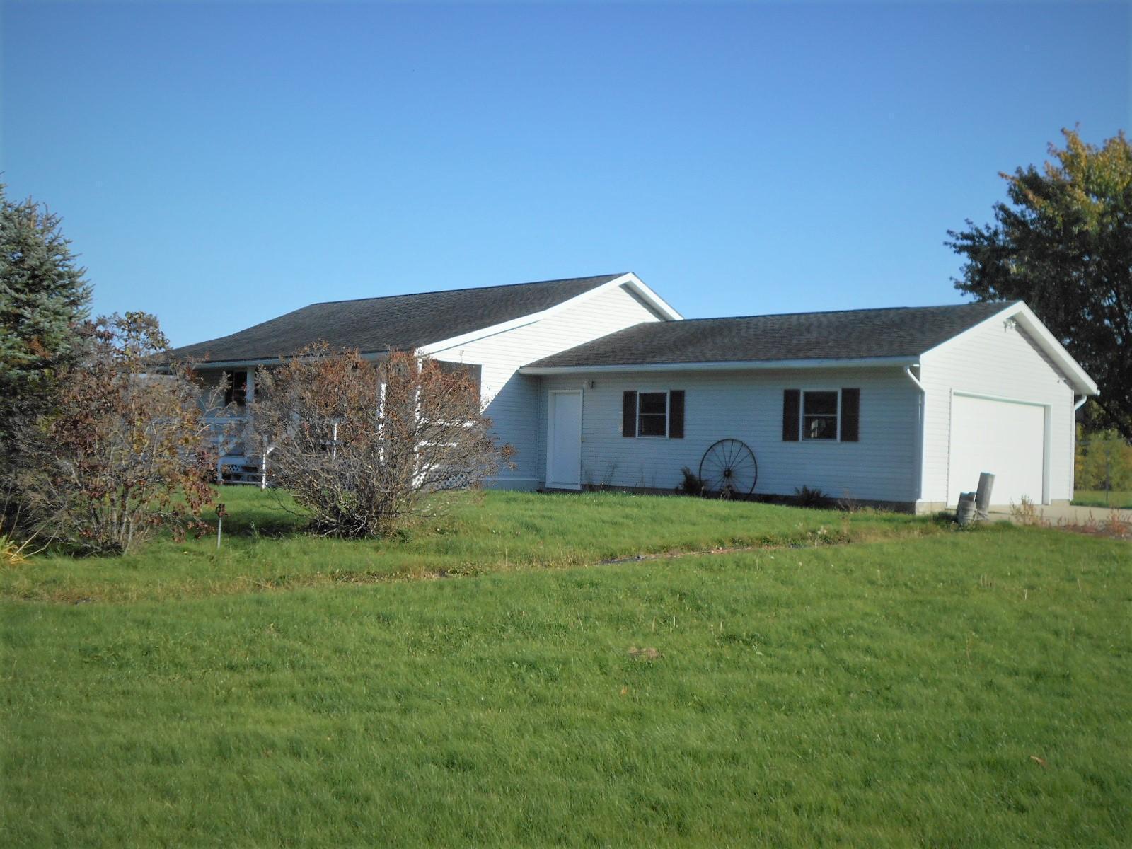 14131 Lastovich Road Property Photo - Goodland, MN real estate listing