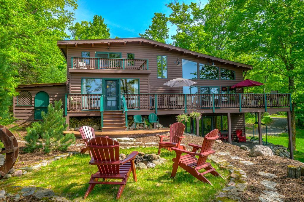 10405 W Sugar Bush Lane Property Photo - Hayward, WI real estate listing