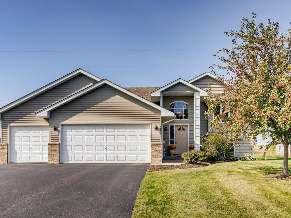 5069 Kahl Avenue NE Property Photo - Albertville, MN real estate listing