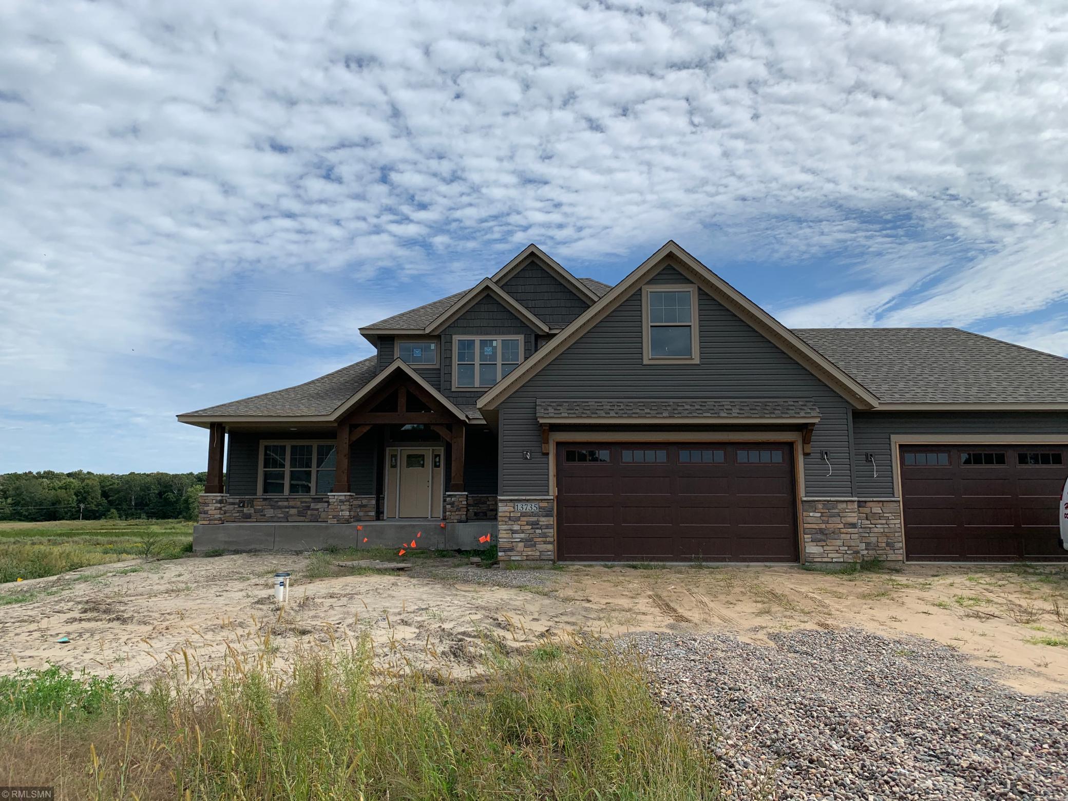 13735 Isetta Property Photo - Ham Lake, MN real estate listing