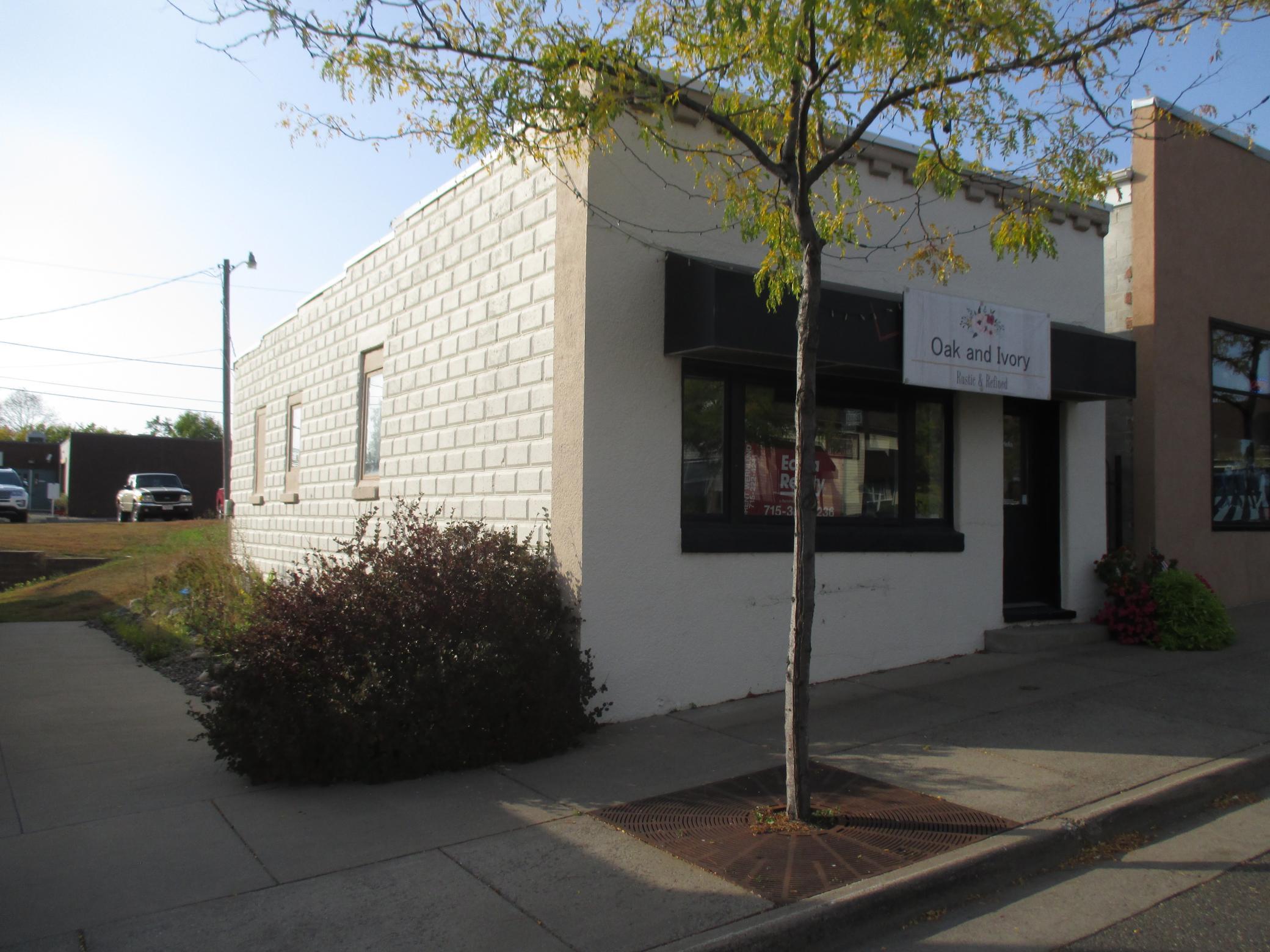209 N Cascade Street Property Photo - Osceola, WI real estate listing
