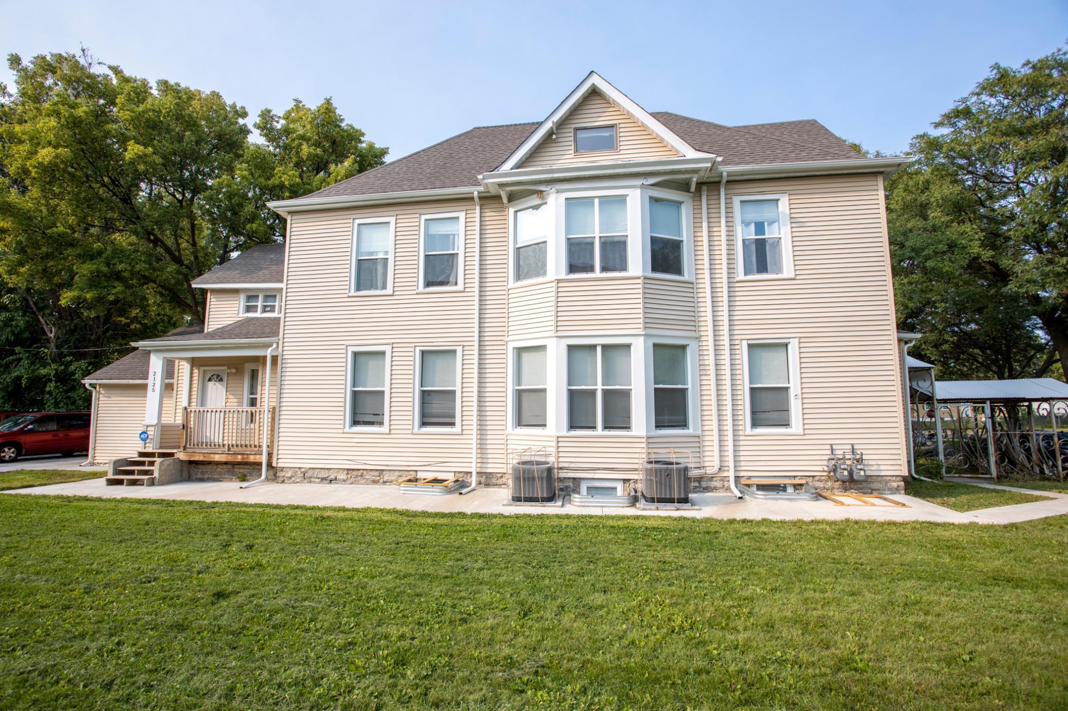 2125 Aldrich Avenue N Property Photo