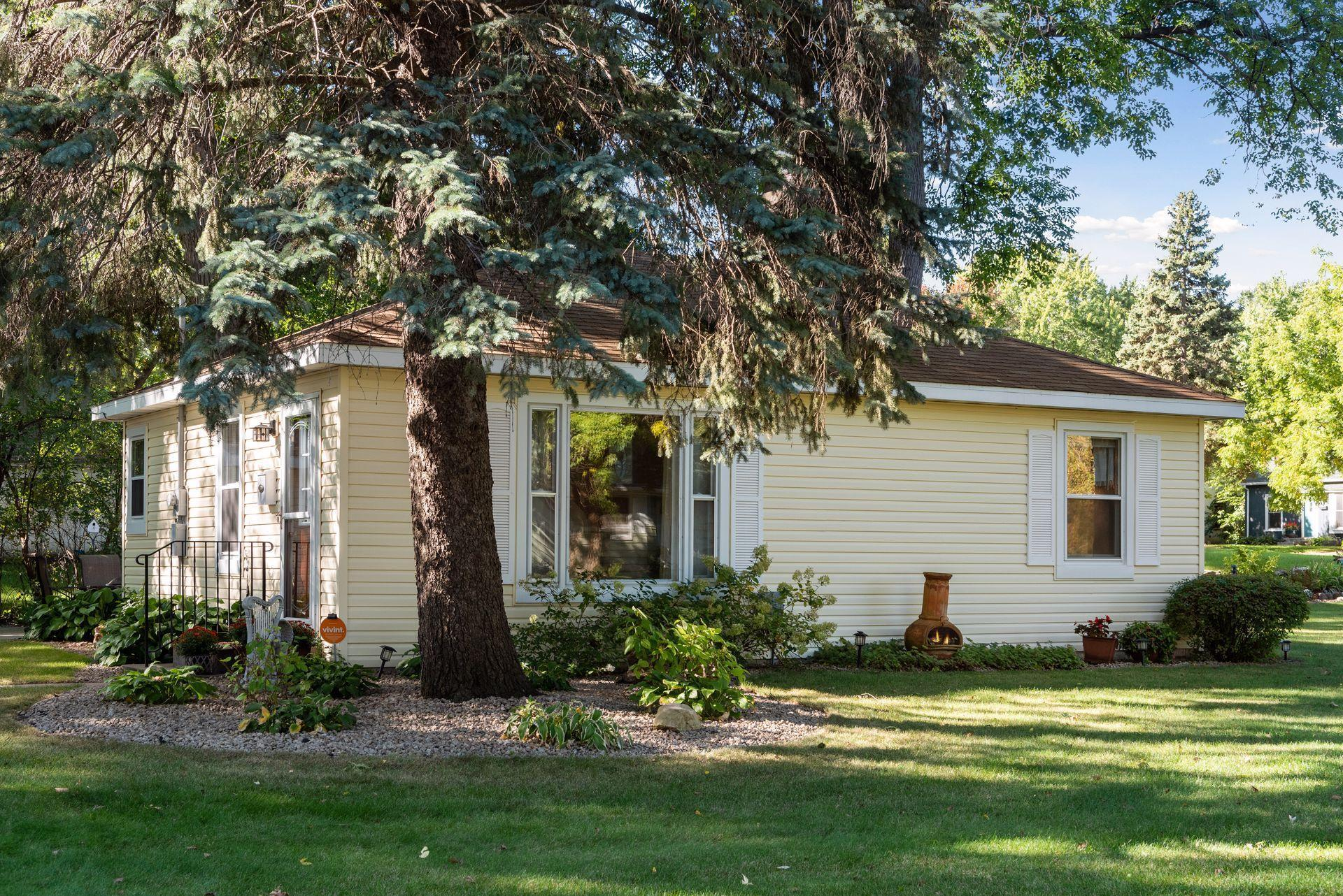 4948 Zenith Avenue N Property Photo - Brooklyn Center, MN real estate listing