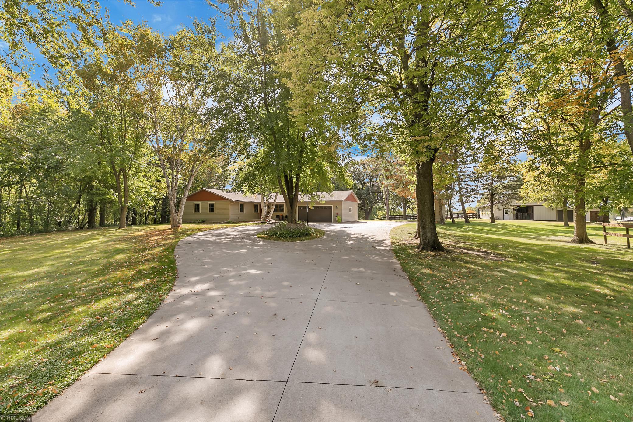 6890 Long Lake Road Property Photo