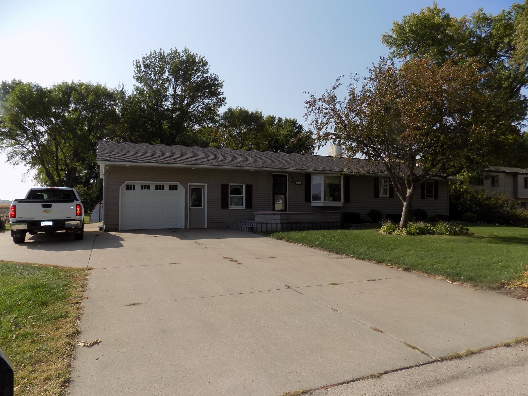 333 S Central Avenue Property Photo - Truman, MN real estate listing