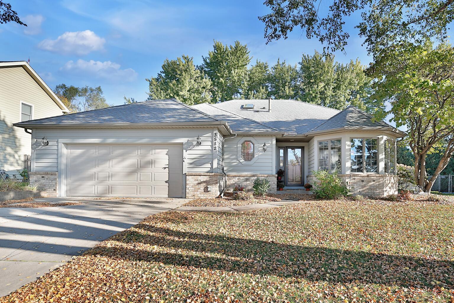 3582 Tiffany Lane Property Photo - Shoreview, MN real estate listing