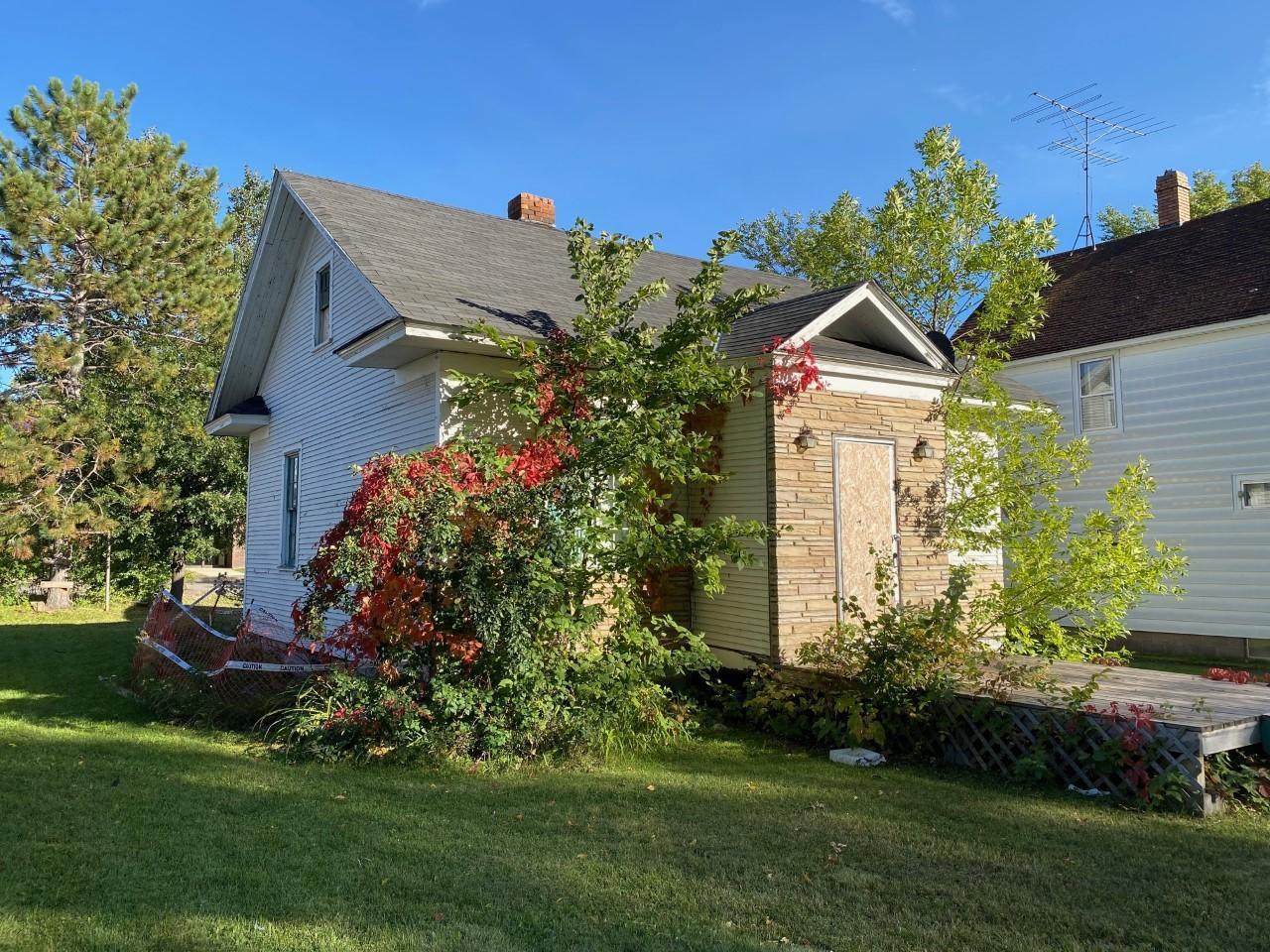 113 5th Avenue N Property Photo - Biwabik, MN real estate listing