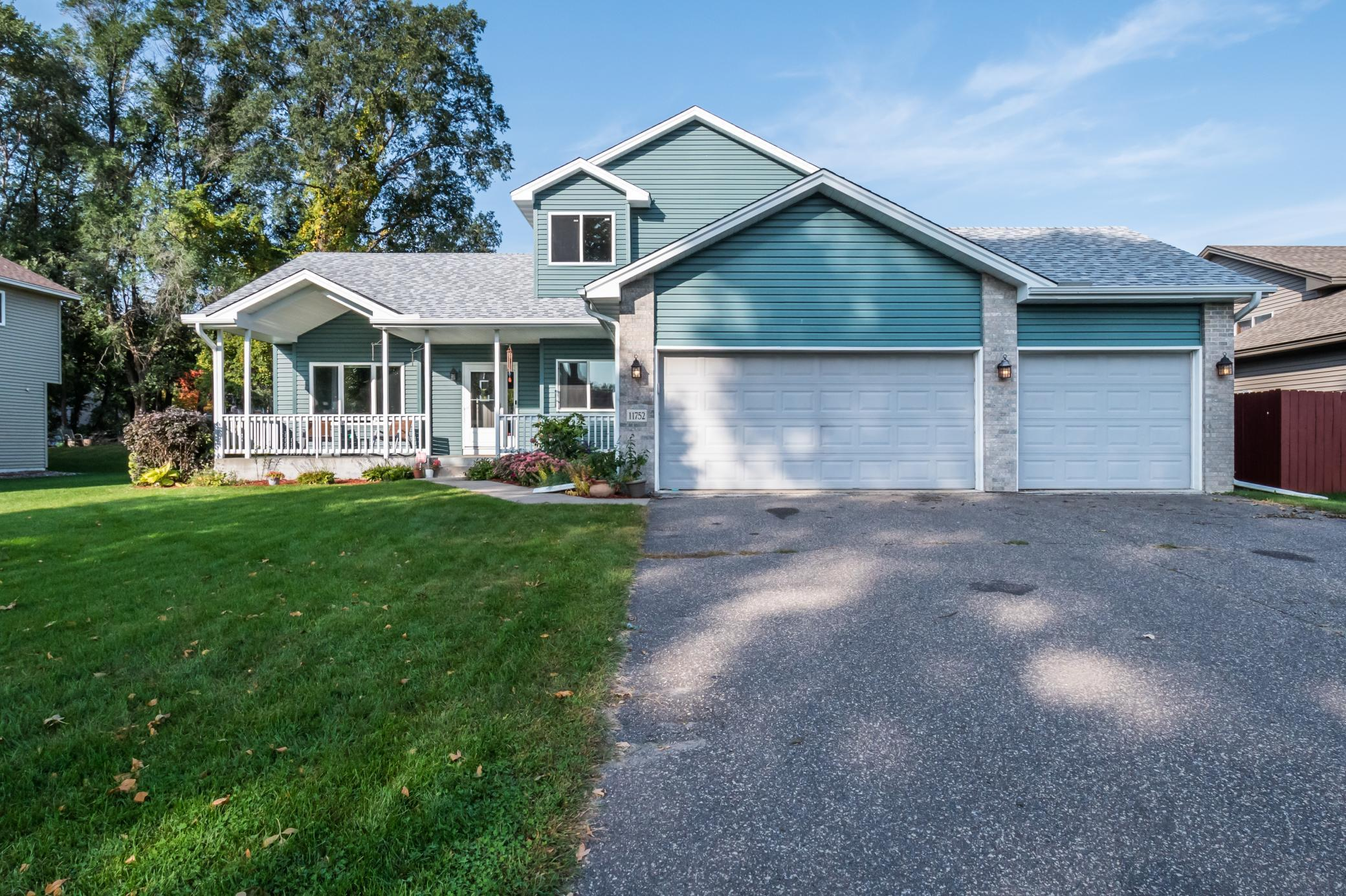 11752 Taylor Street NE Property Photo - Blaine, MN real estate listing