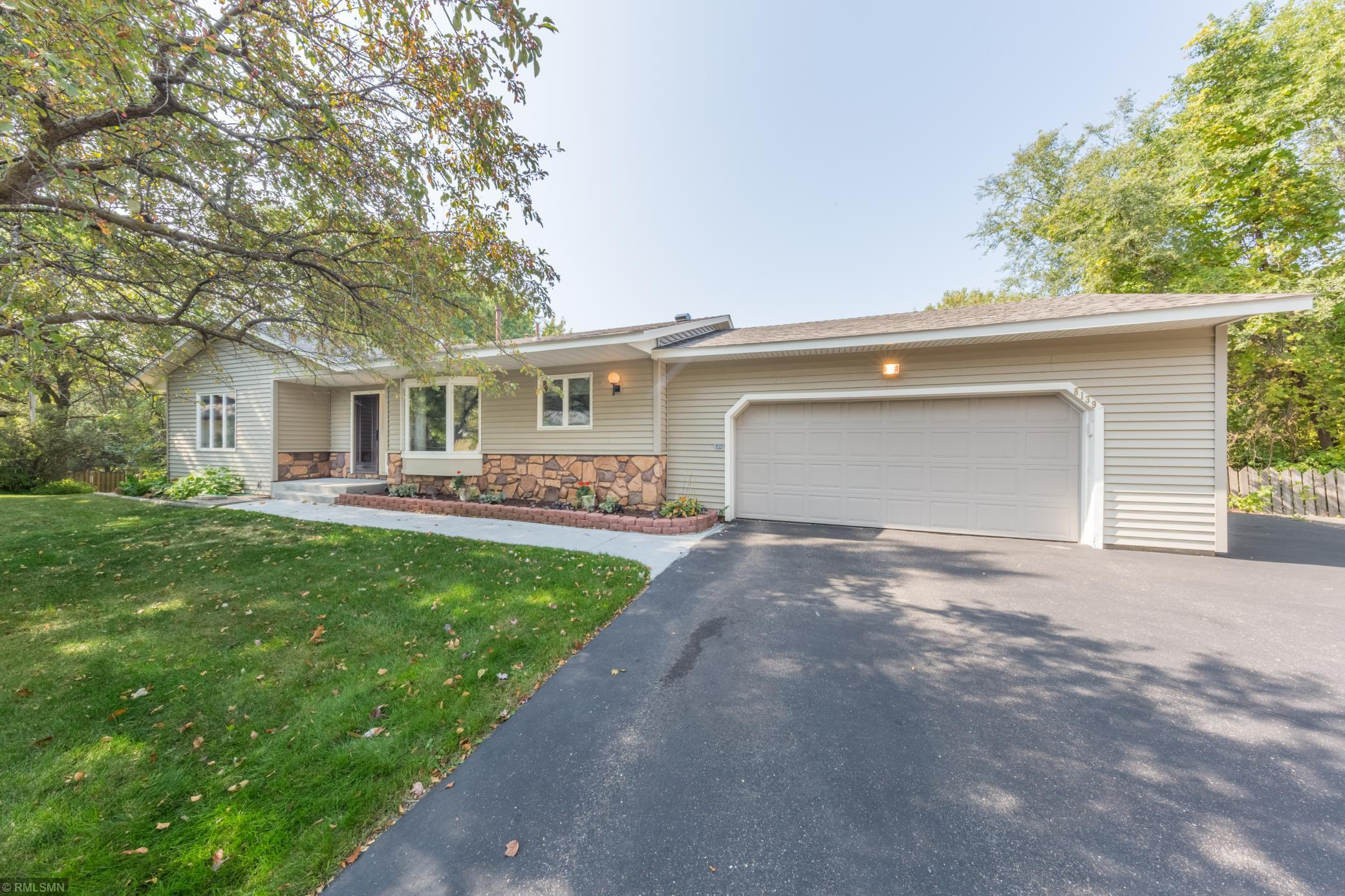 8139 Cameo Circle Property Photo - Inver Grove Heights, MN real estate listing