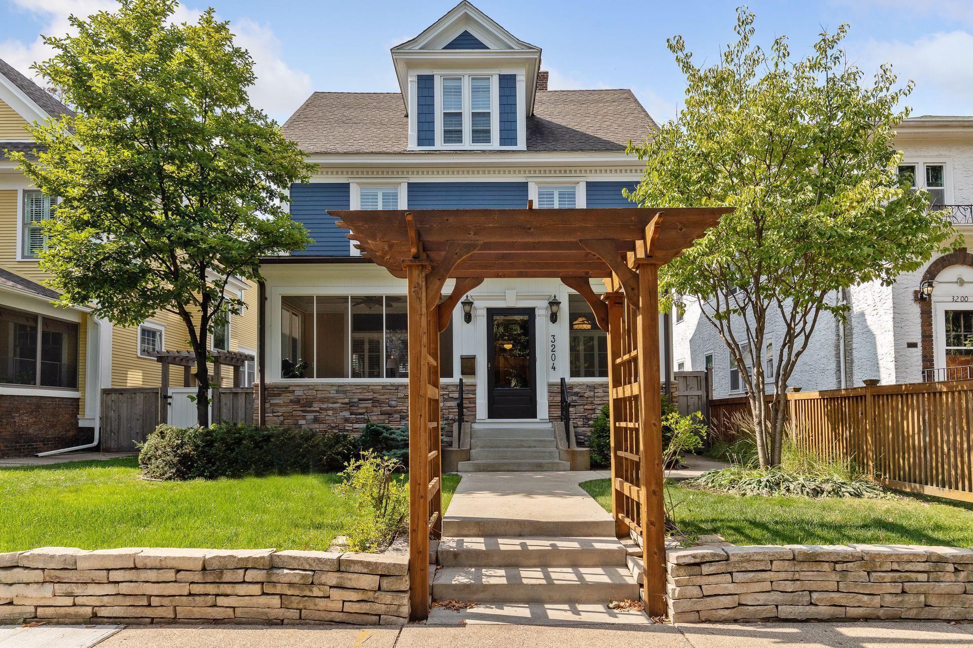 3204 Humboldt Avenue S Property Photo - Minneapolis, MN real estate listing