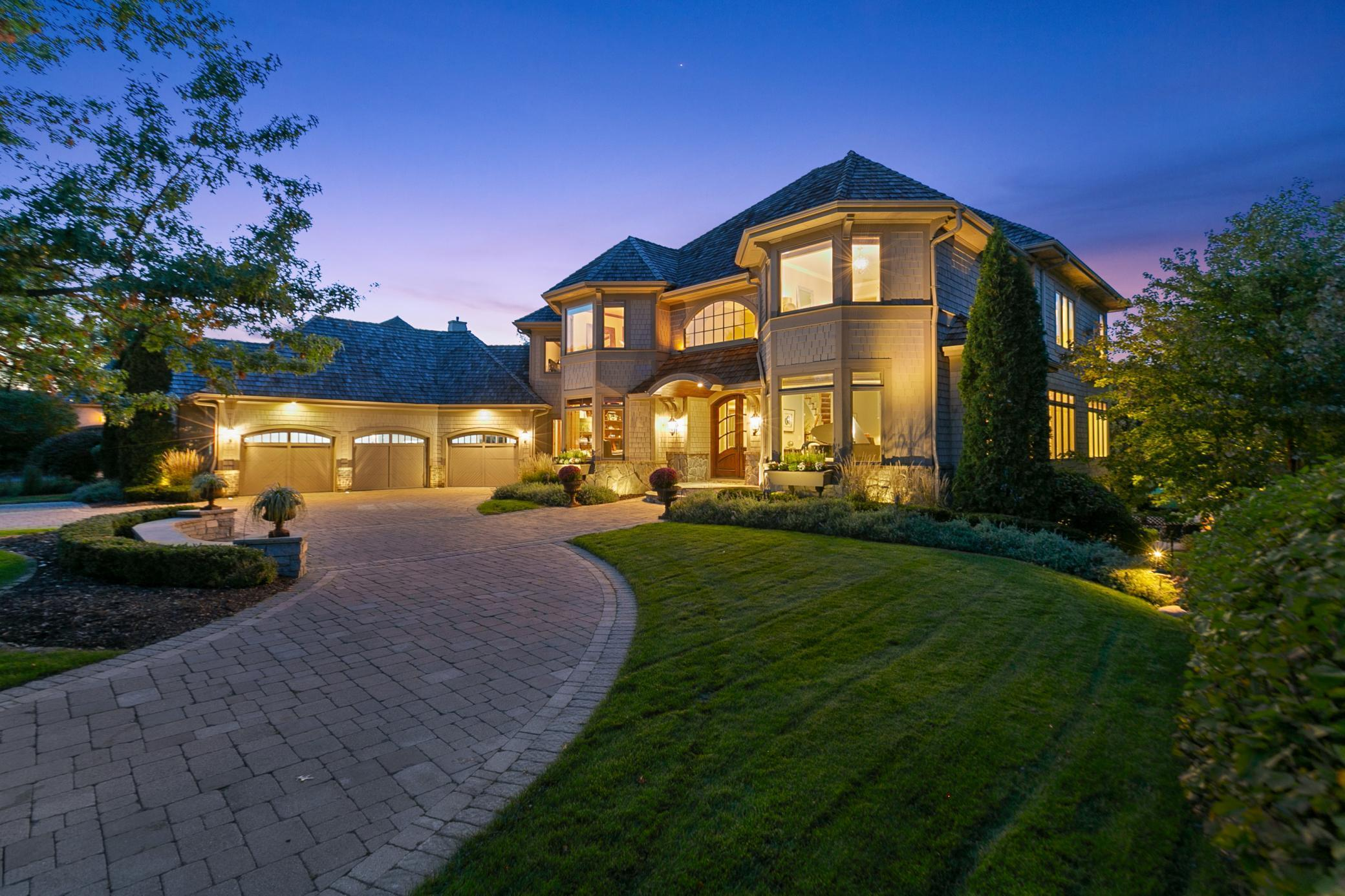 18298 Nicklaus Way Property Photo - Eden Prairie, MN real estate listing