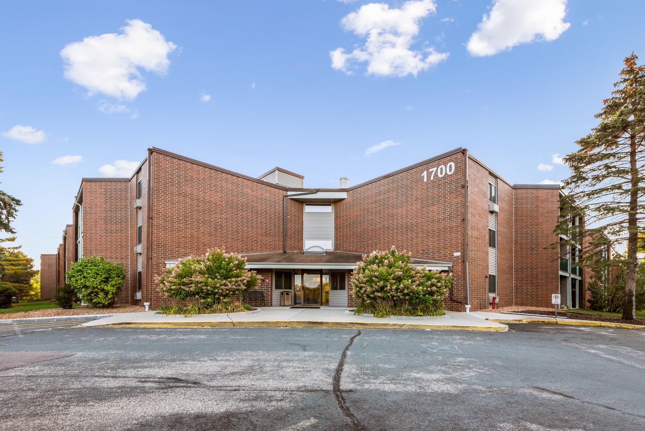 1700 Four Oaks Road #228 Property Photo - Eagan, MN real estate listing