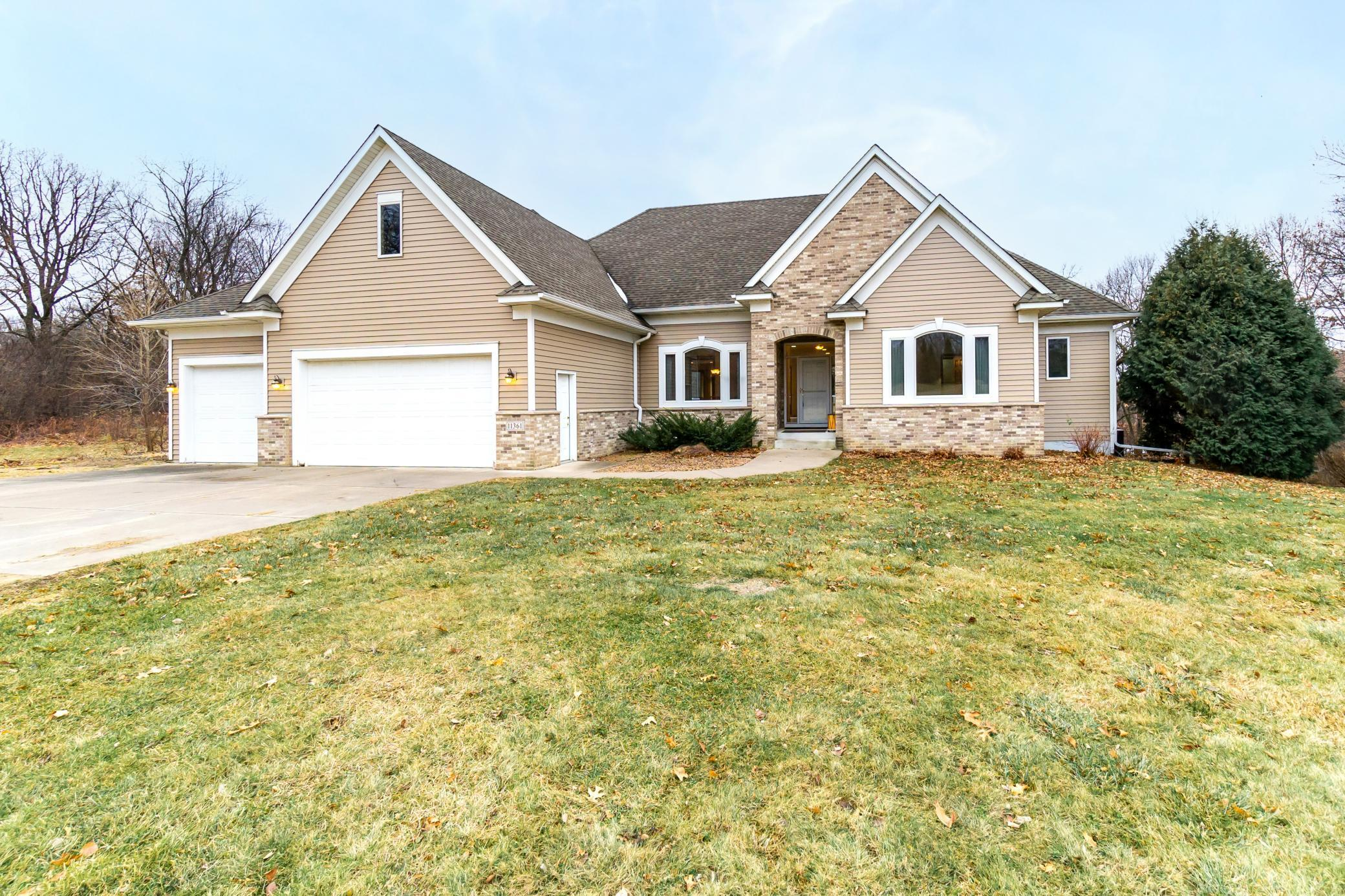 11361 Apennine Way Property Photo - Inver Grove Heights, MN real estate listing