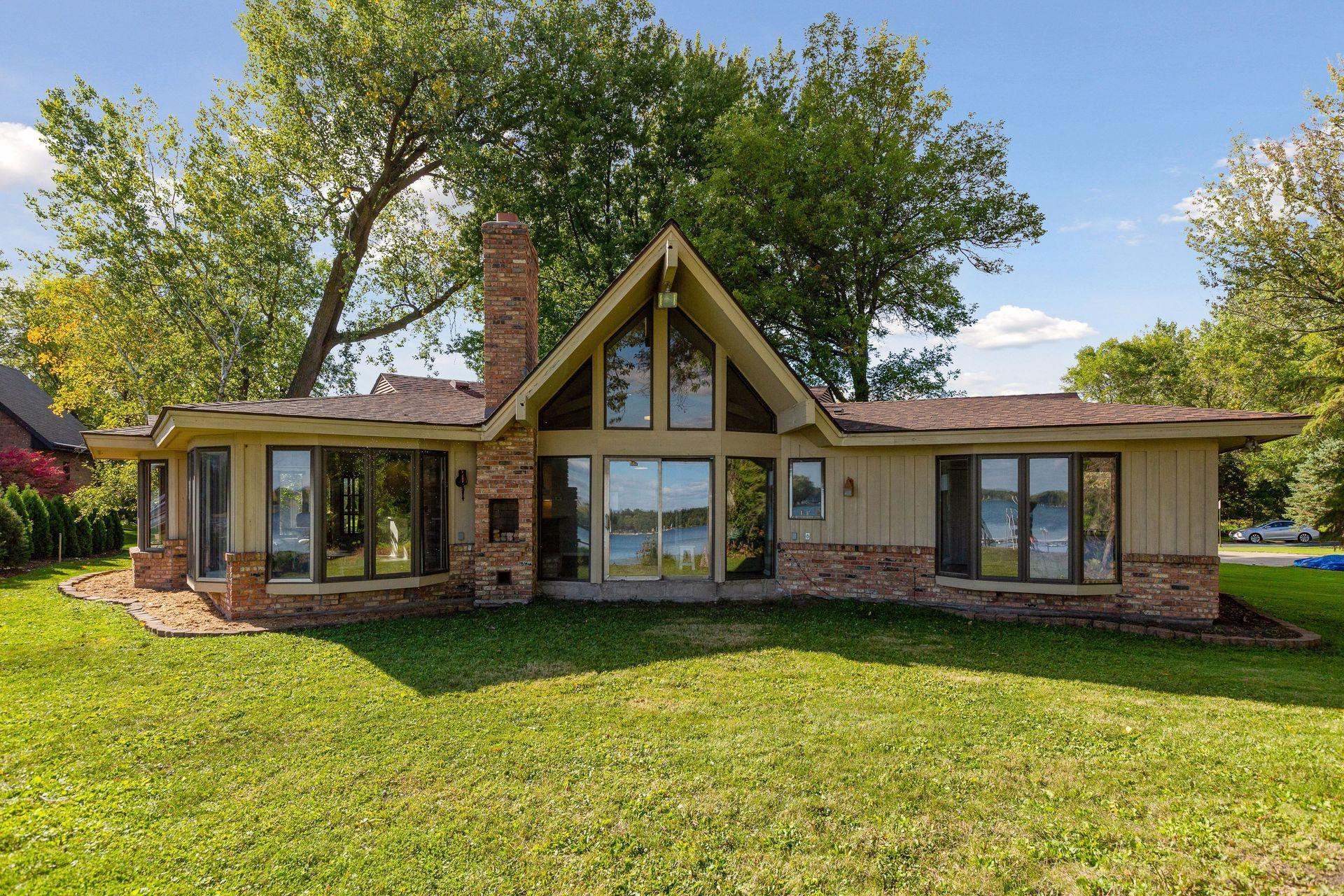 5432 Lake Avenue Property Photo - Shoreview, MN real estate listing