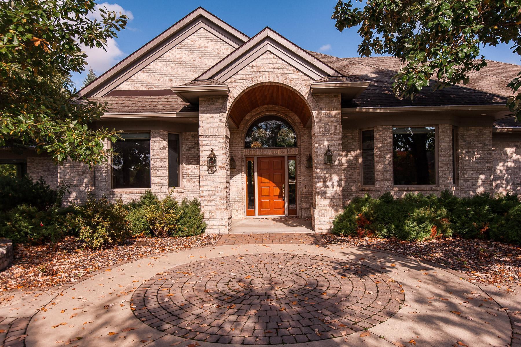 2825 Fox Chase Lane Sw Property Photo