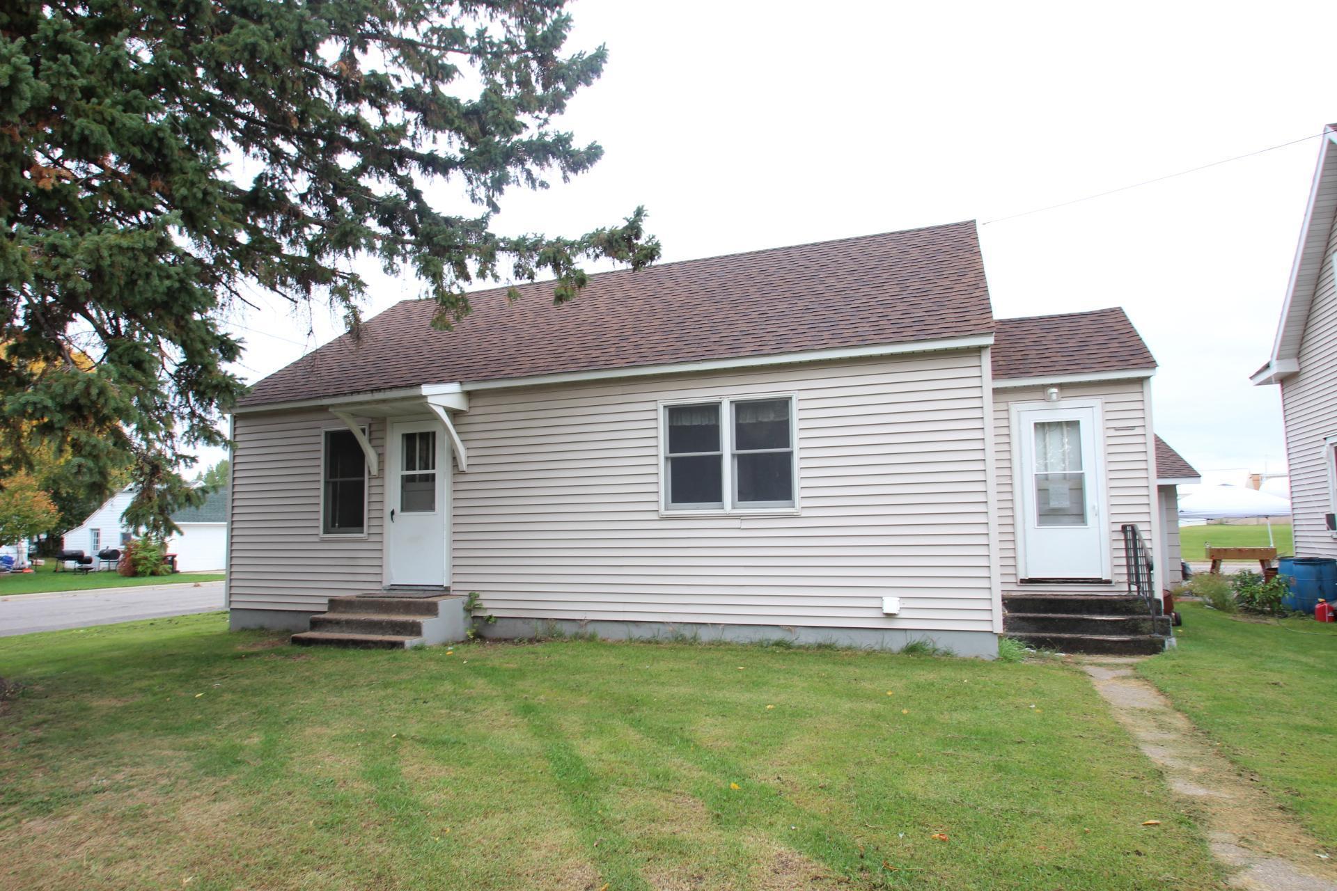 301 2nd Street Se Property Photo