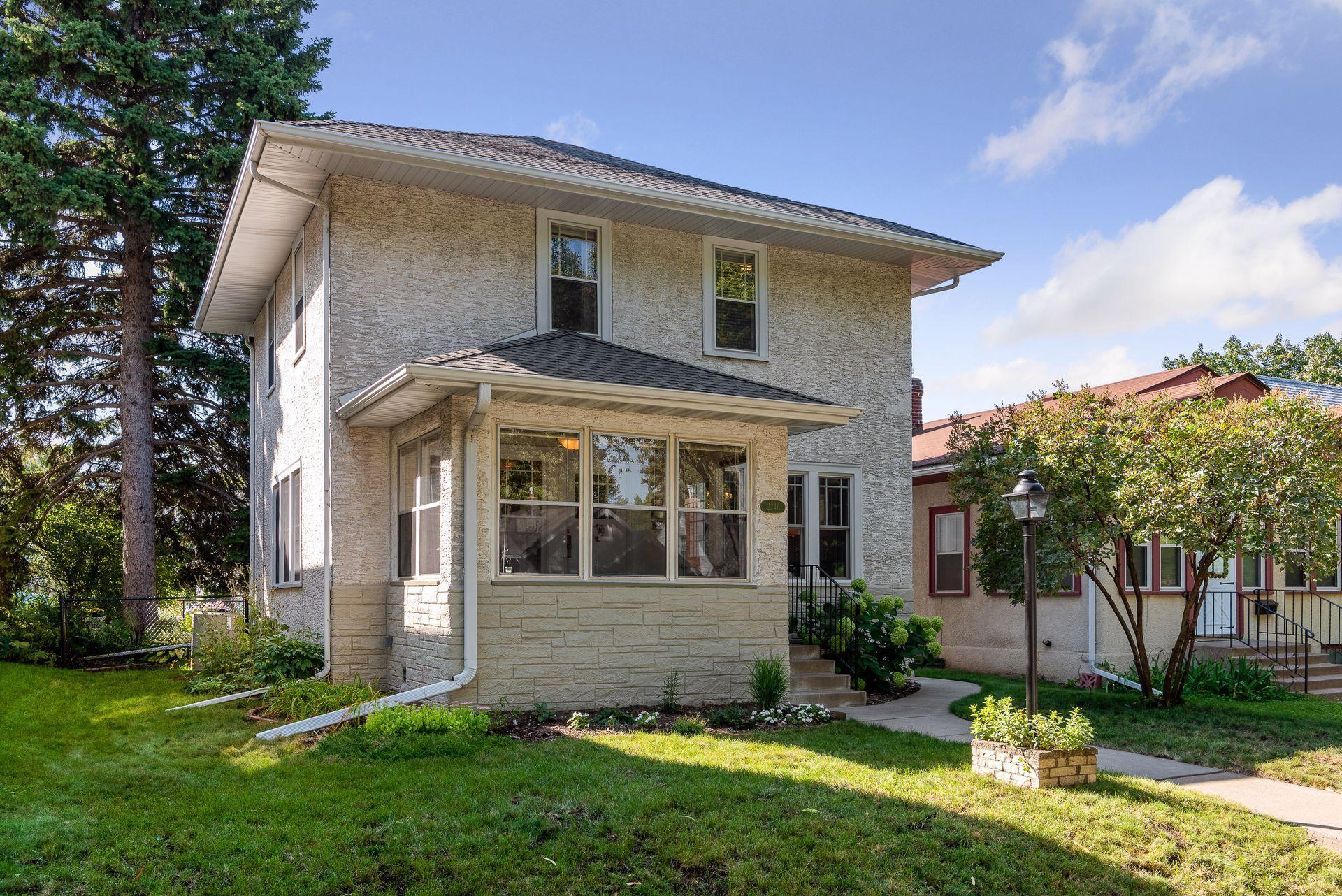 2246 Mckinley Street NE Property Photo - Minneapolis, MN real estate listing